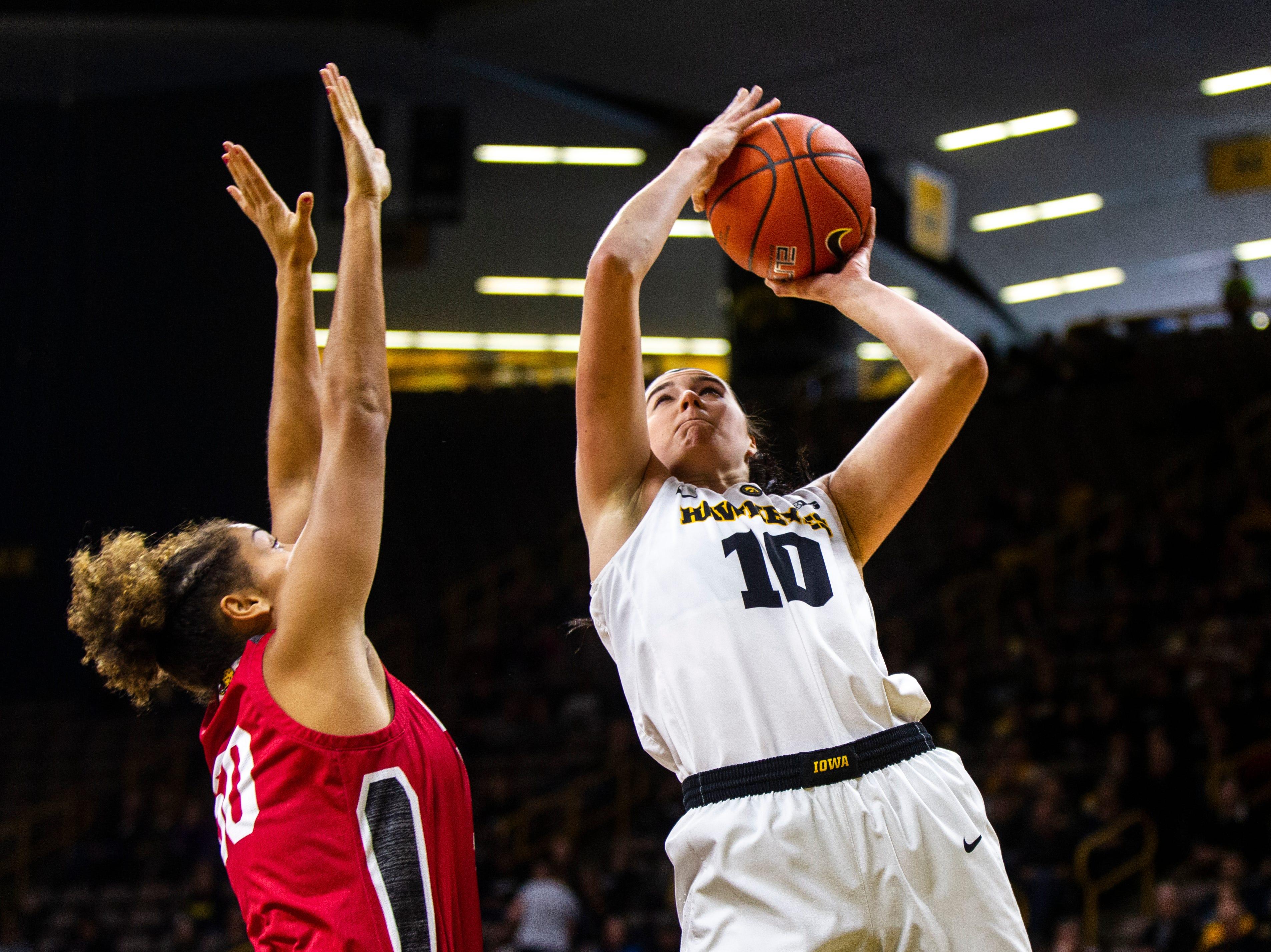Iowa women's basketball: Megan Gustafson, No. 16 Hawkeyes grind past IUPUI