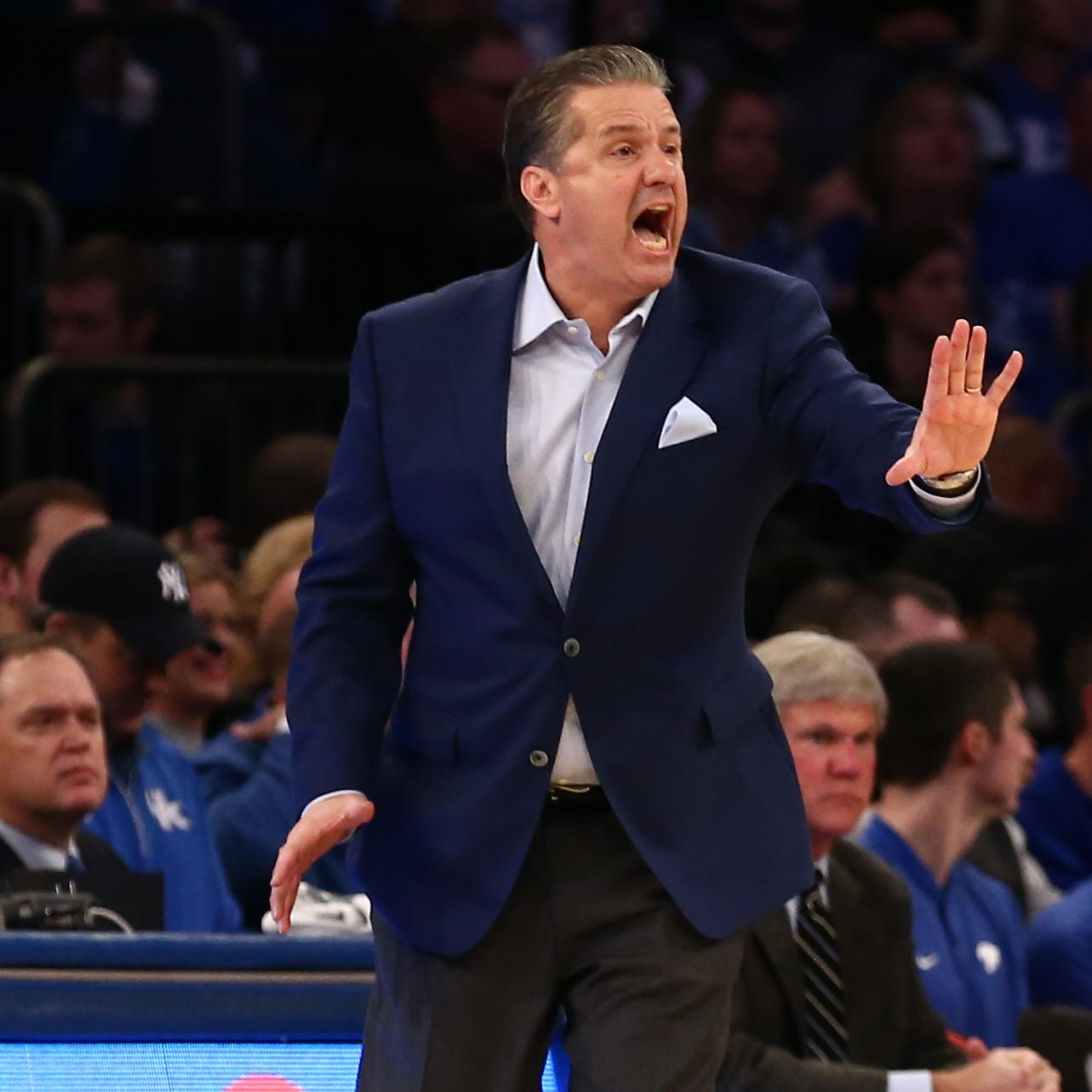 Is Kentucky or Louisville the better team after playing Seton Hall?