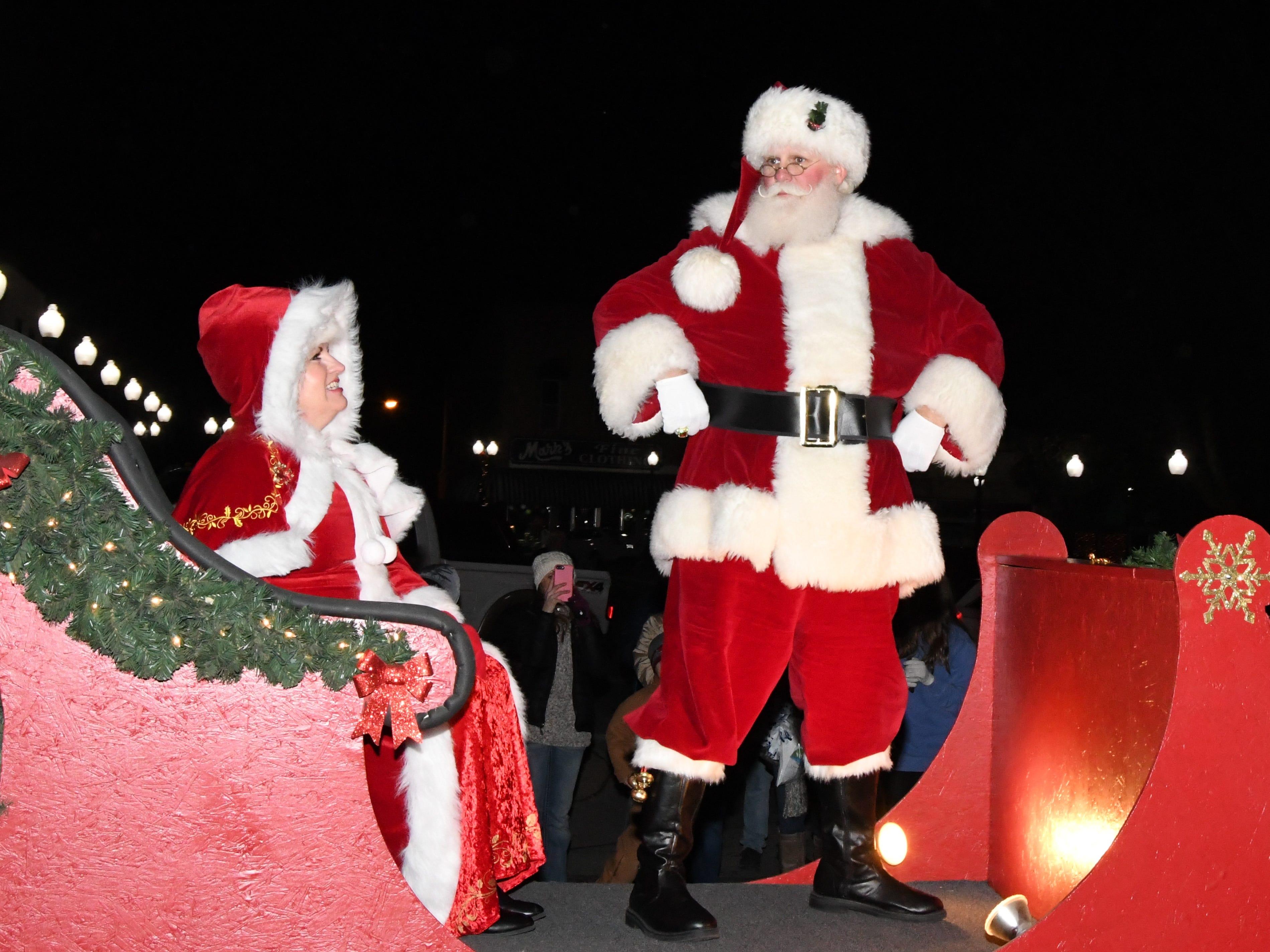 MH Christmas Parade & Tree Lighting Ceremony