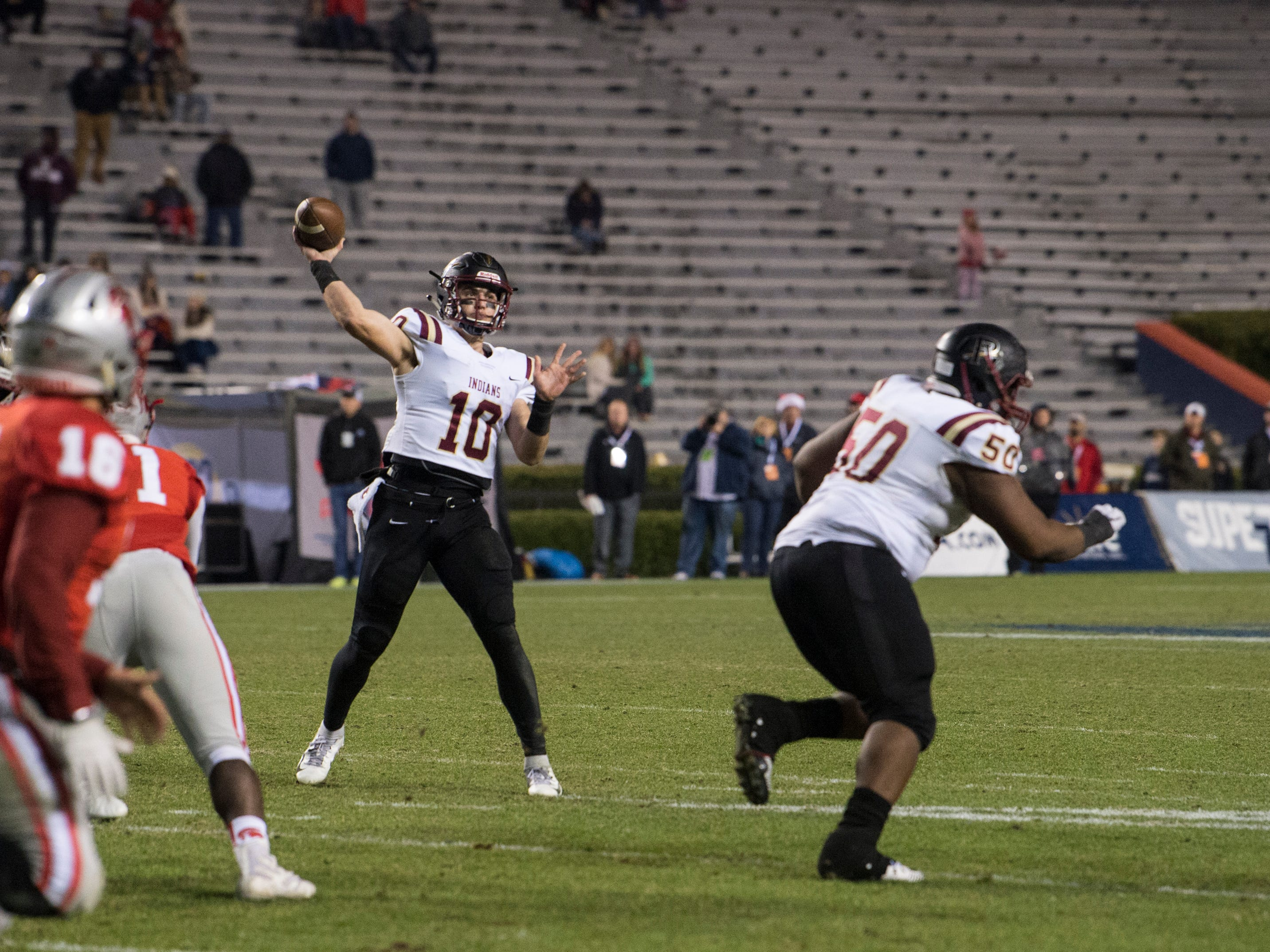 Pinson Valley's Bo Nix (10) throws the ball down field during the Class 6A state championship at Jordan-Hare Stadium in Auburn, Ala., on Friday, Dec. 7, 2018. Pinson Valley defeated Saraland 26-17.