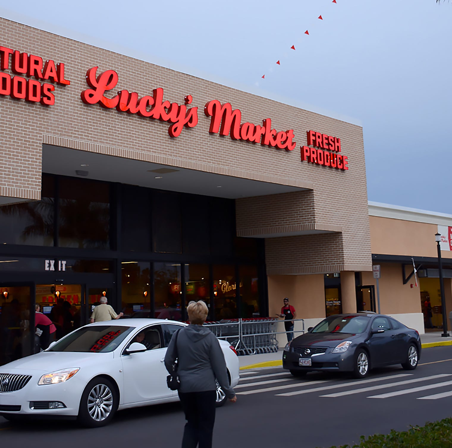 Huge slab of bacon to be cut during Lucky's Market grand opening Wednesday in North Naples