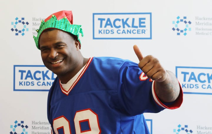 Breakfast with Santa at HackensackUMC Fitness & Wellness Powered by the Giants