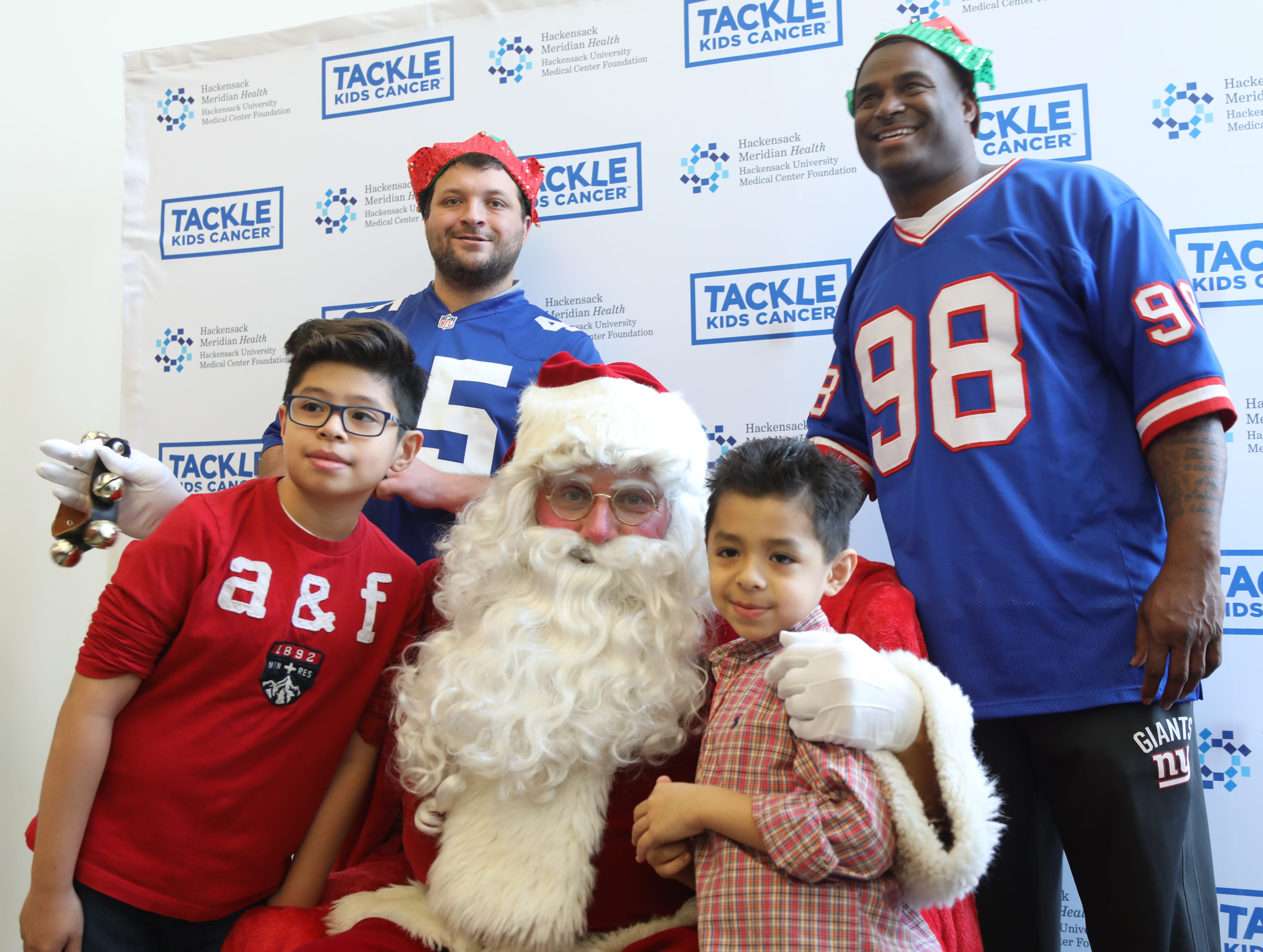 Fans come out to fight cancer, support Giants at Tackle Kids Cancer event