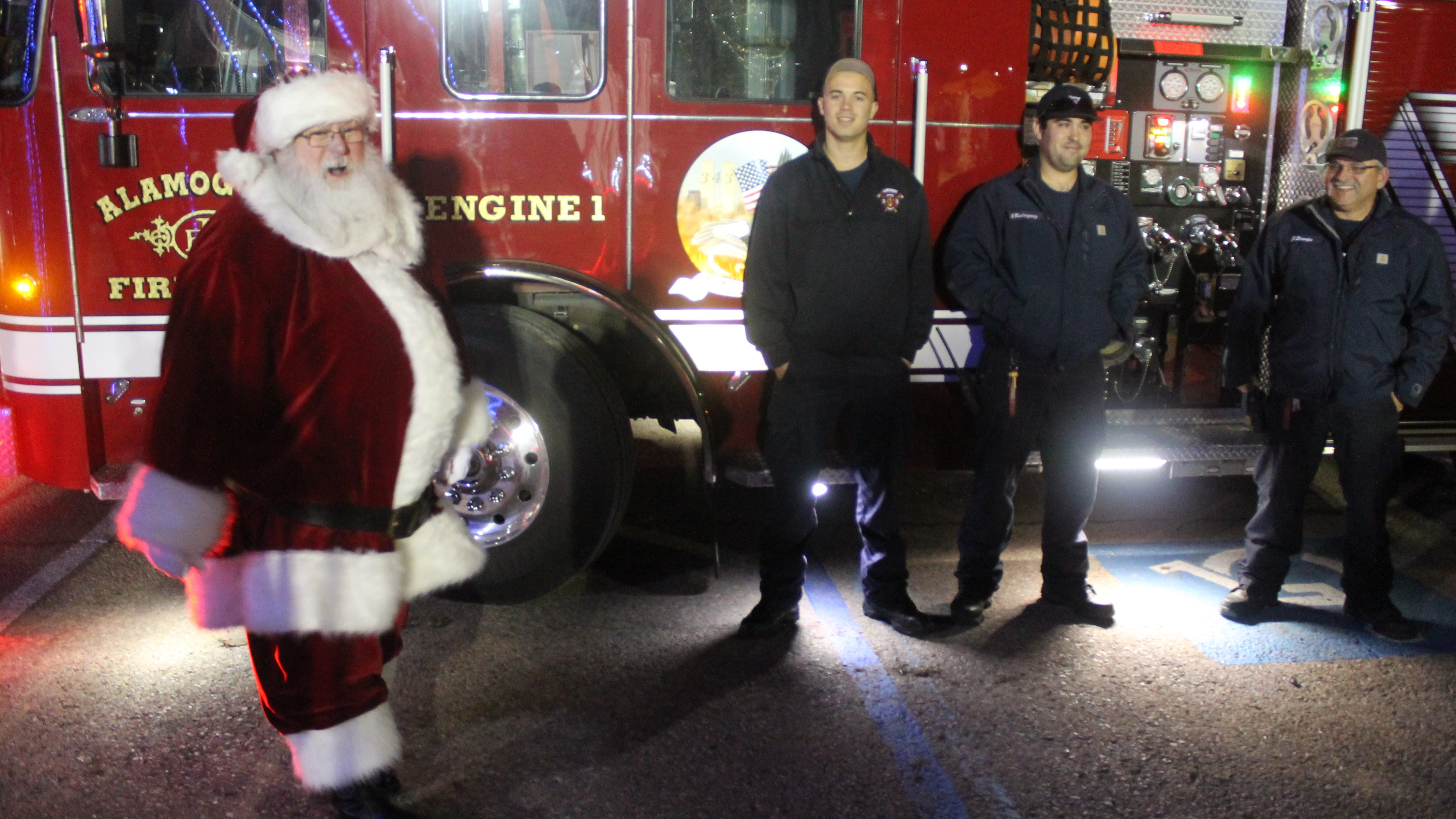 Santa Claus made a special appearance at Alamogordo's second-annual tree-lighting event in Washington Park on Friday evening.