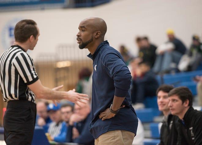 Stevenson coach Kareem Smartt will transition to the girls team this winter.