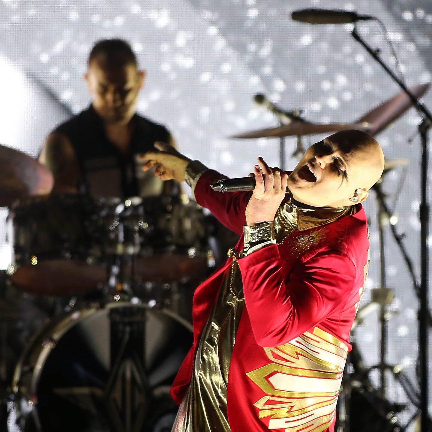 Smashing Pumpkins celebrate 30th anniversary with an often transcendent performance in Mesa
