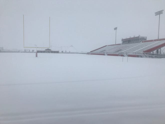 Snow on the field in Levelland has forced Garden City and McLean to move their Class 1A Division I state semifinal game to 7 p.m. Monday in Tulia.