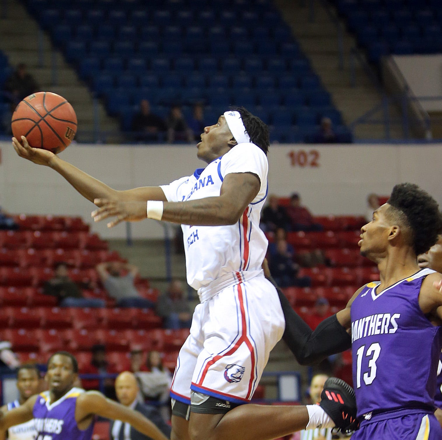 Louisiana Tech gets overtime win at Stephen F. Austin