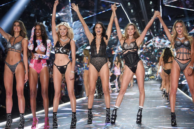 1df450b36a 2018 Victoria s Secret Fashion Show draws supermodels