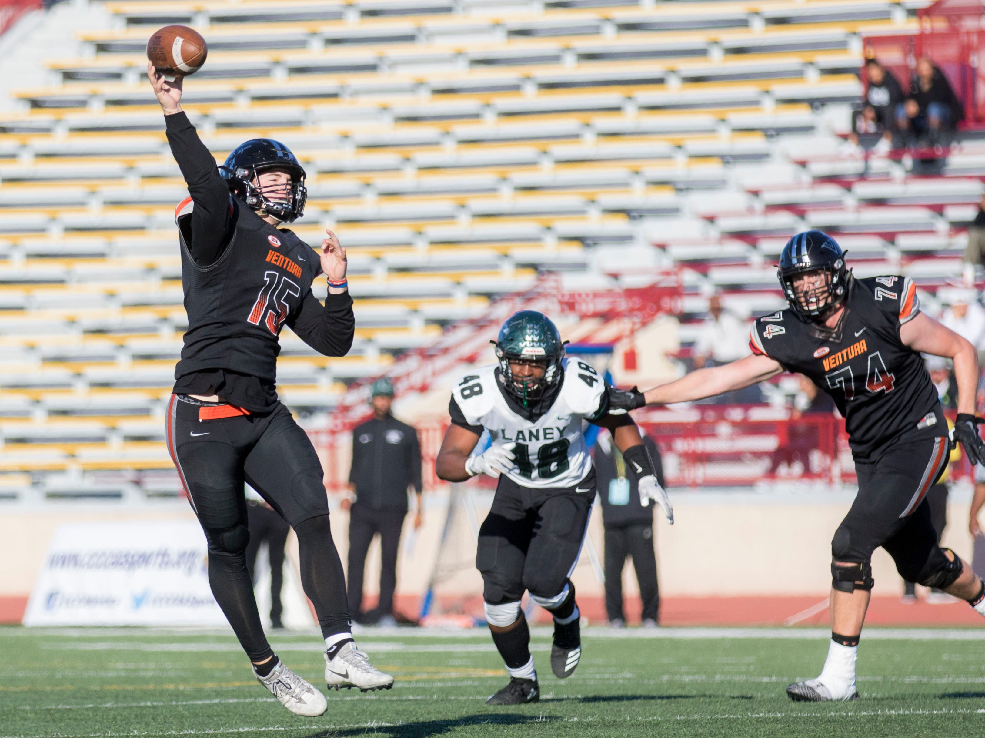 Ventura College quarterback Brock Domann threw two touchdown passes to sophomore Brandon Jordan in the first half Saturday afternoon at the CCCAA state championship game at Sacramento State's Hughes Stadium.