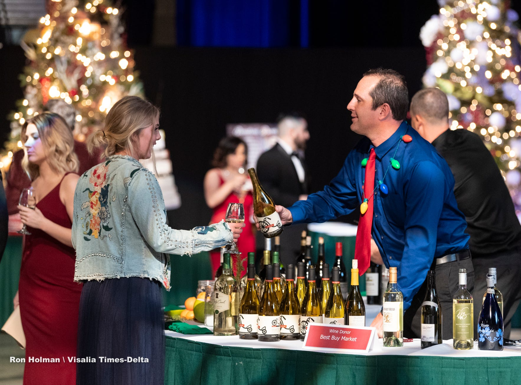 "Visalia's 38th Annual Christmas Tree Auction on Friday, December 7, 2018. This year's theme was ""A Holiday Affair."" The live auctions alone generated nearly $60,000 in bids."