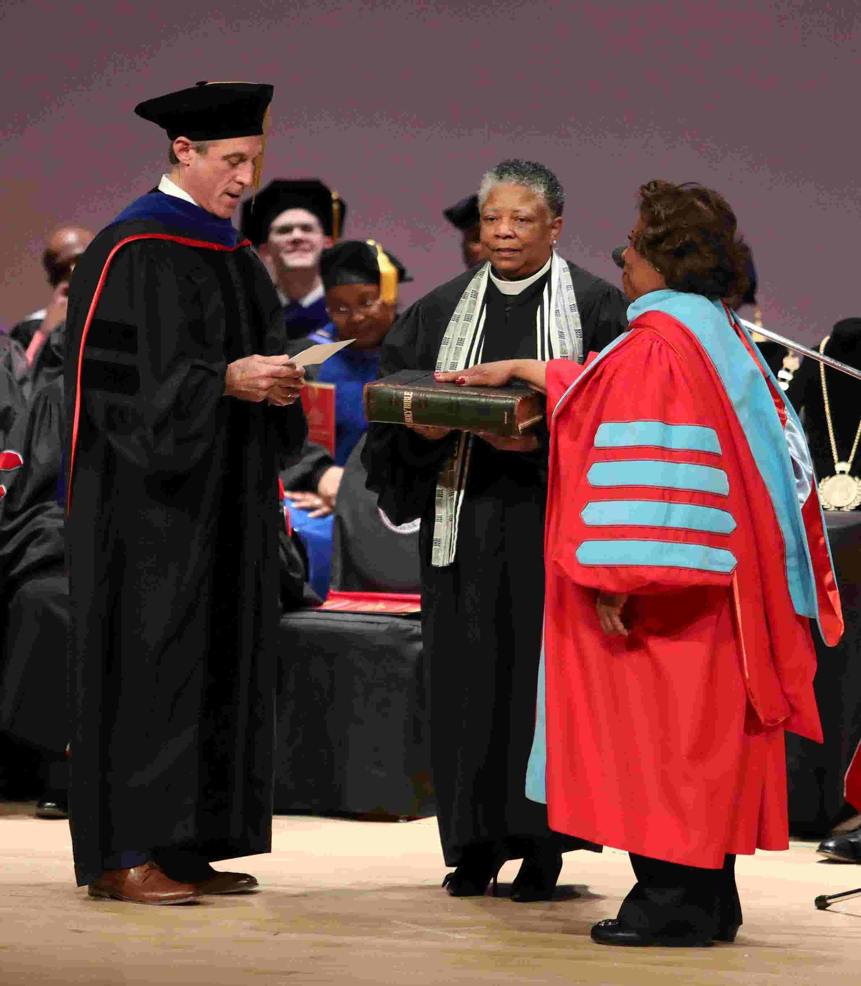 Delaware State's first female president announces retirement