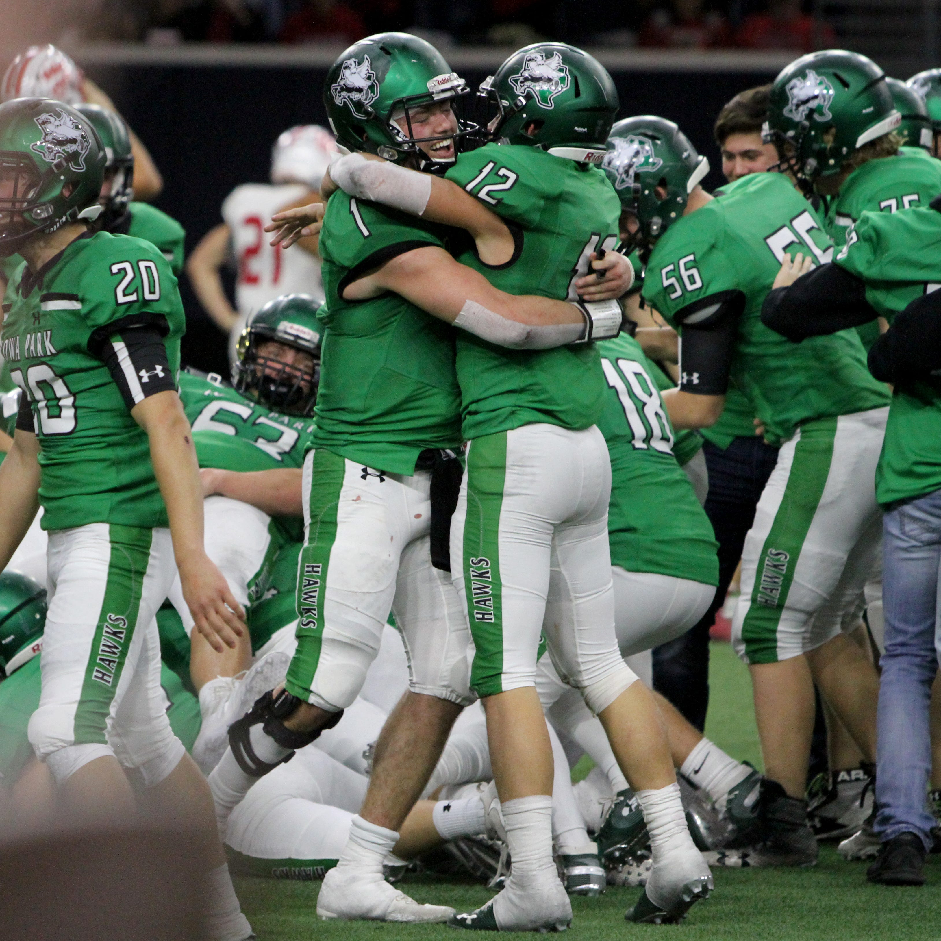 Iowa Park stuns Glen Rose with touchdown in final seconds for regional title