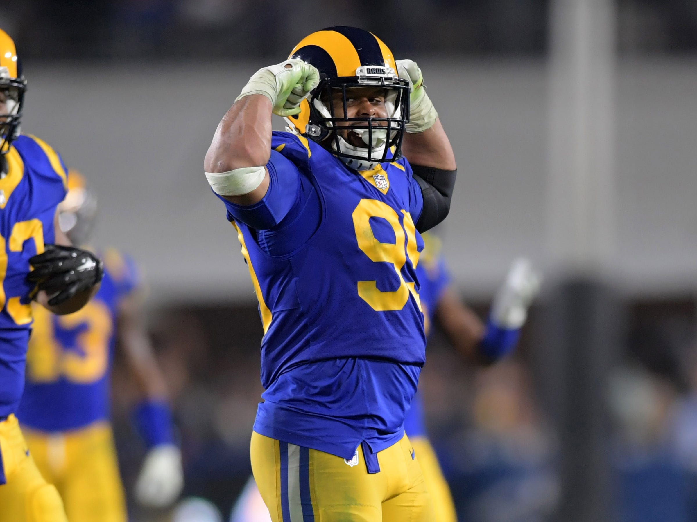 Bell Tolls: Rams defensive tackle Aaron Donald making his case for NFL MVP