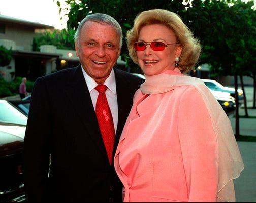 Ap Sinatra Auction A Ent File Usa Ca