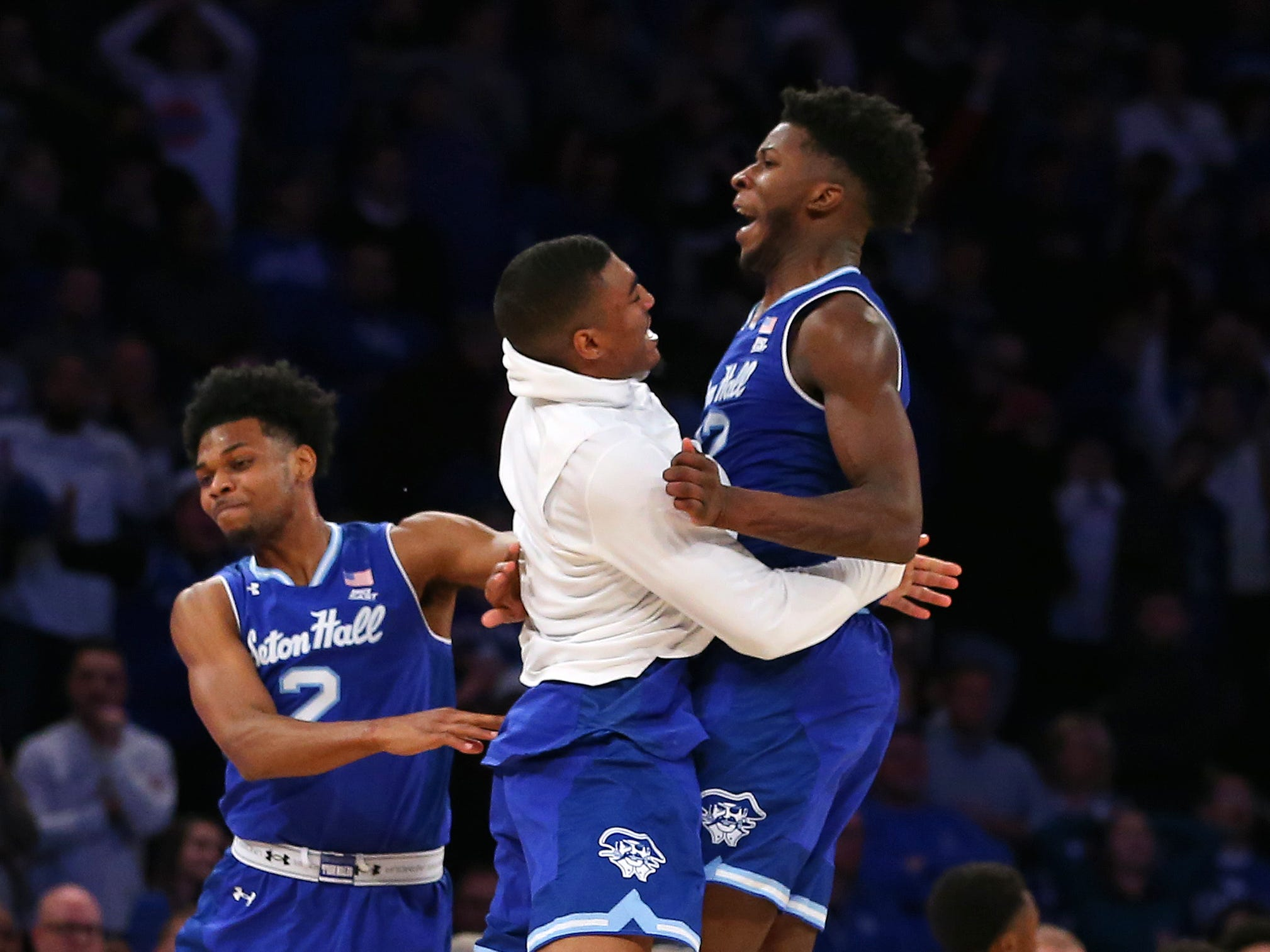 Back-to-back buzzer-beaters highlight Seton Hall's thrilling upset of No. 8 Kentucky