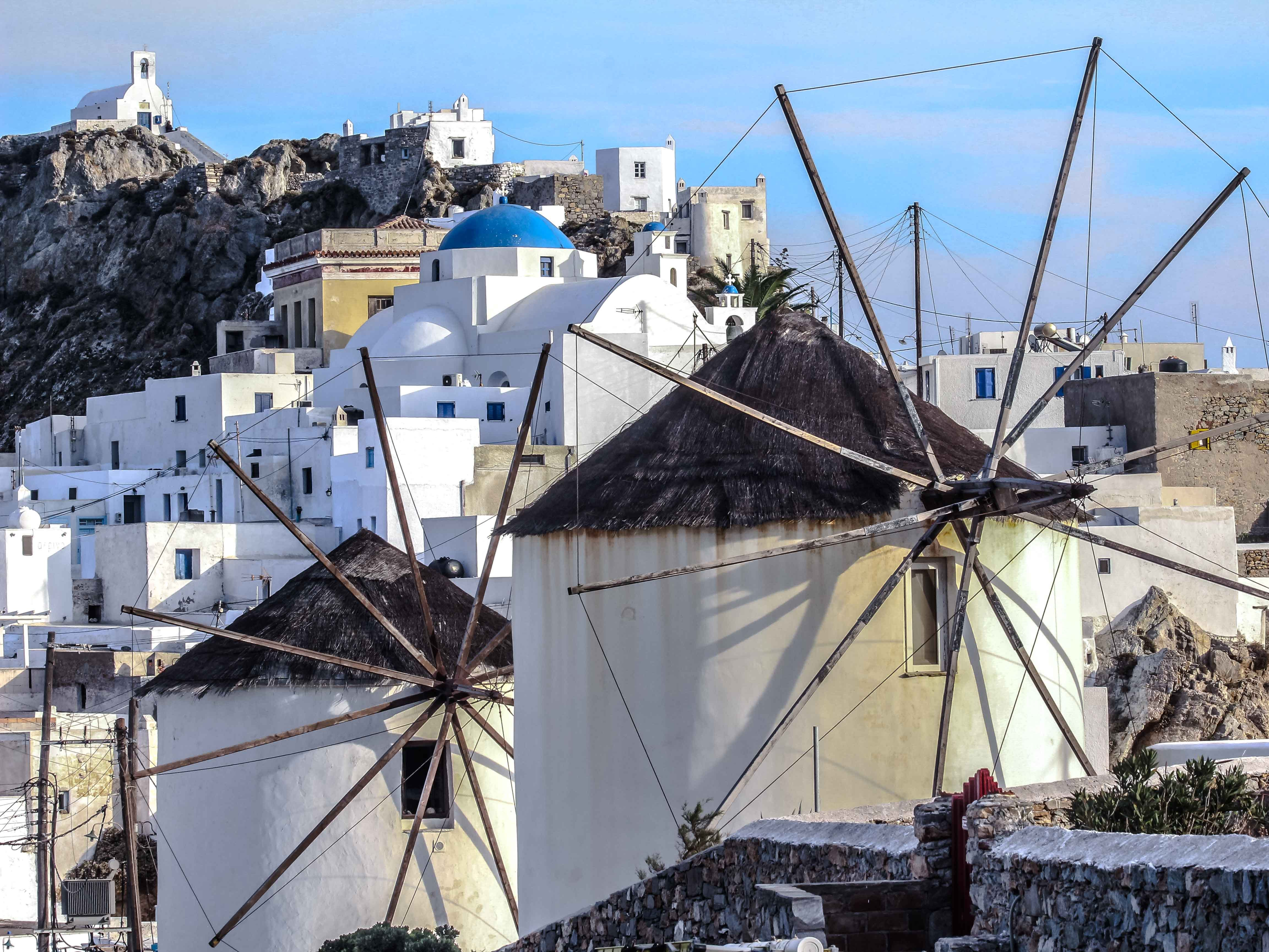 There are over 600 windmills throughout the Cyclades. On Serifos, Chora has three prominent windmills lined up on the edge of the town center.