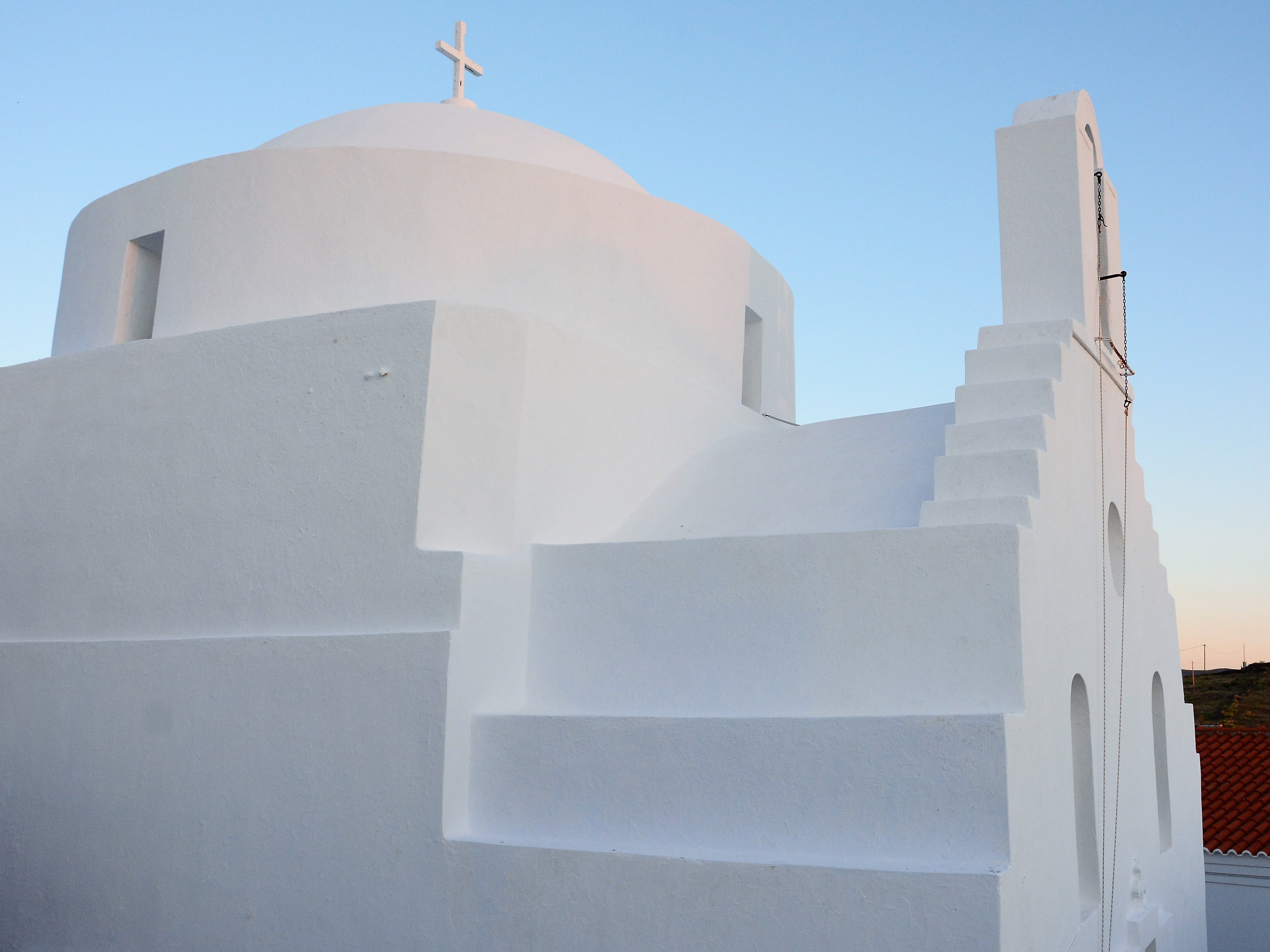 Religion still plays a prominent role in all of the islands in the Cyclades. There are over 100 churches and places of worship on Kythnos.