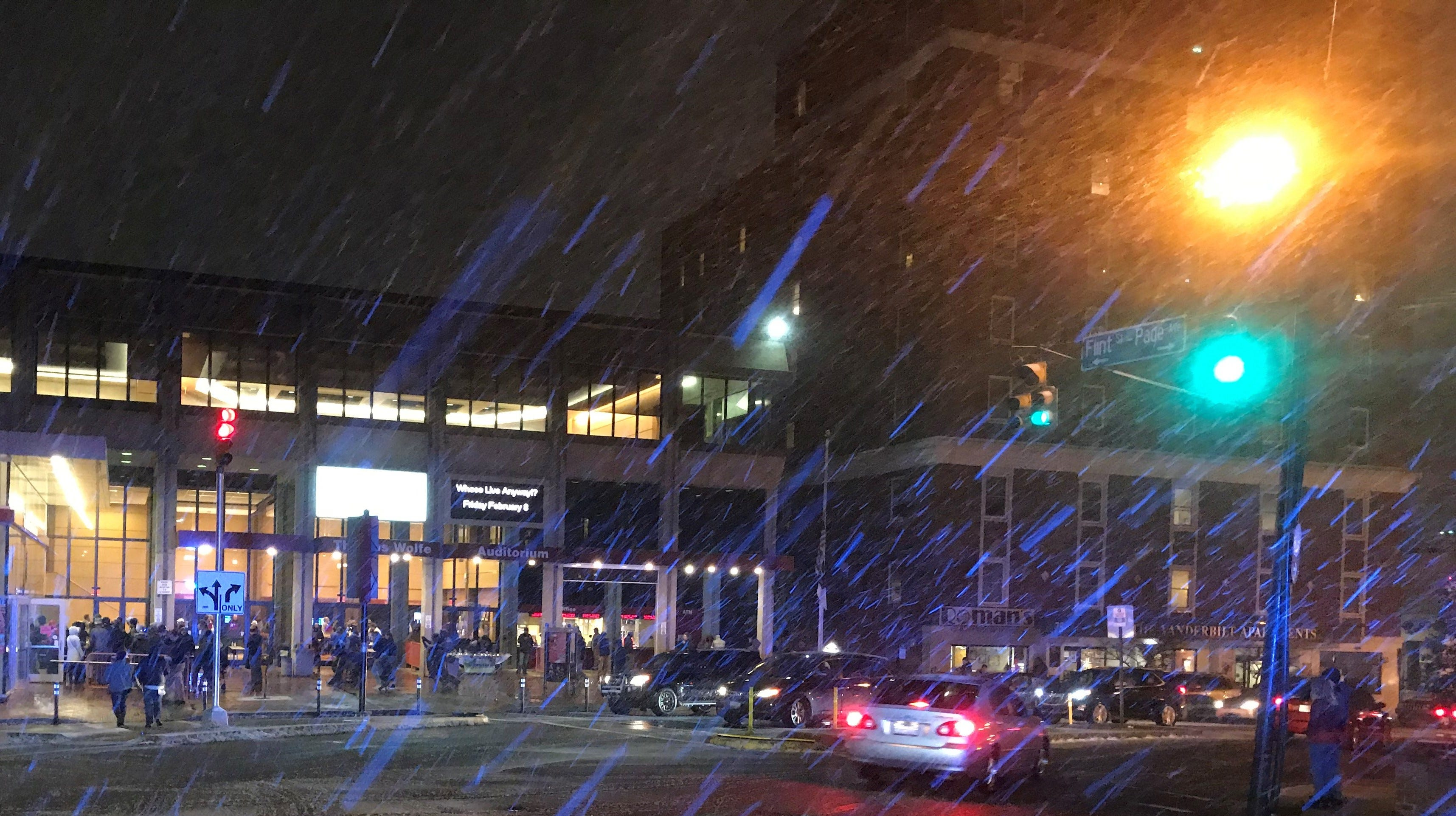 Asheville snow: Road conditions as storm coats some WNC roads; city streets slushy