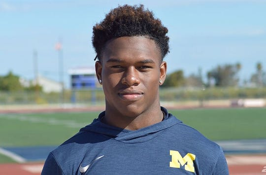 Oakley (Calif.) Freedom wide receiver Giles Jackson