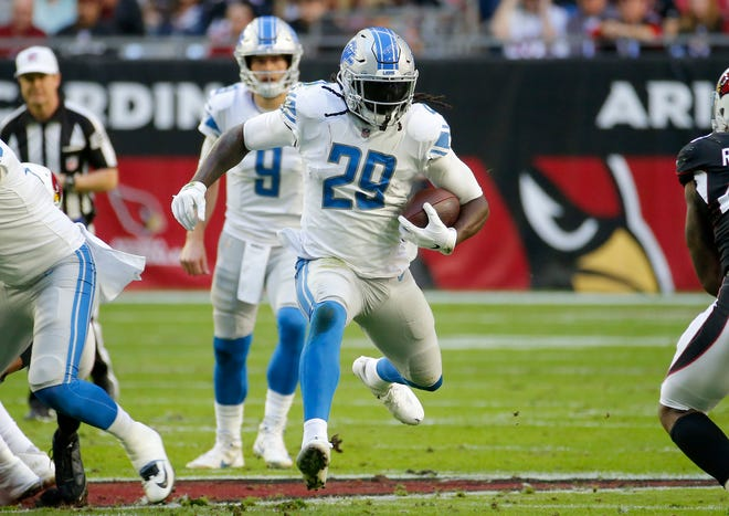 Detroit Lions running back LeGarrette Blount runs against the Arizona Cardinals during the first half Sunday, Dec. 9, 2018, in Glendale, Ariz.