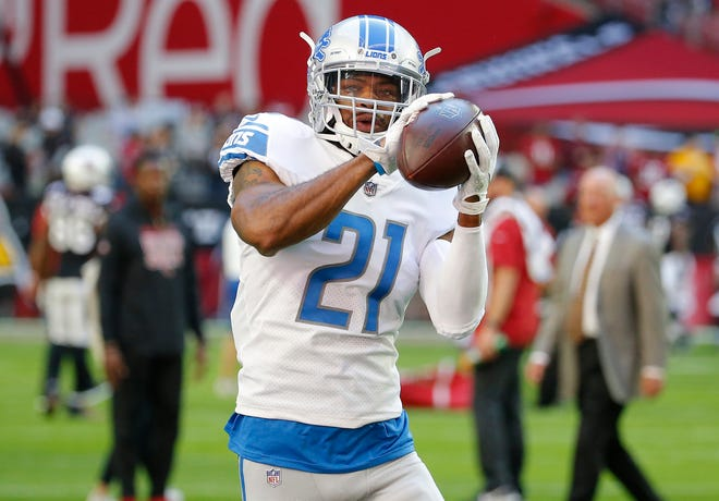 The Lions have re-signed cornerback Marcus Cooper for another season.