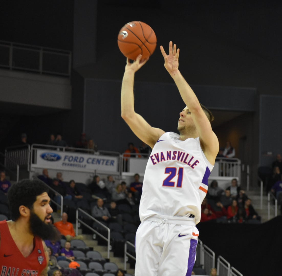 Shea Feehan erupts for career-high 29 points as Evansville blows past Ball State