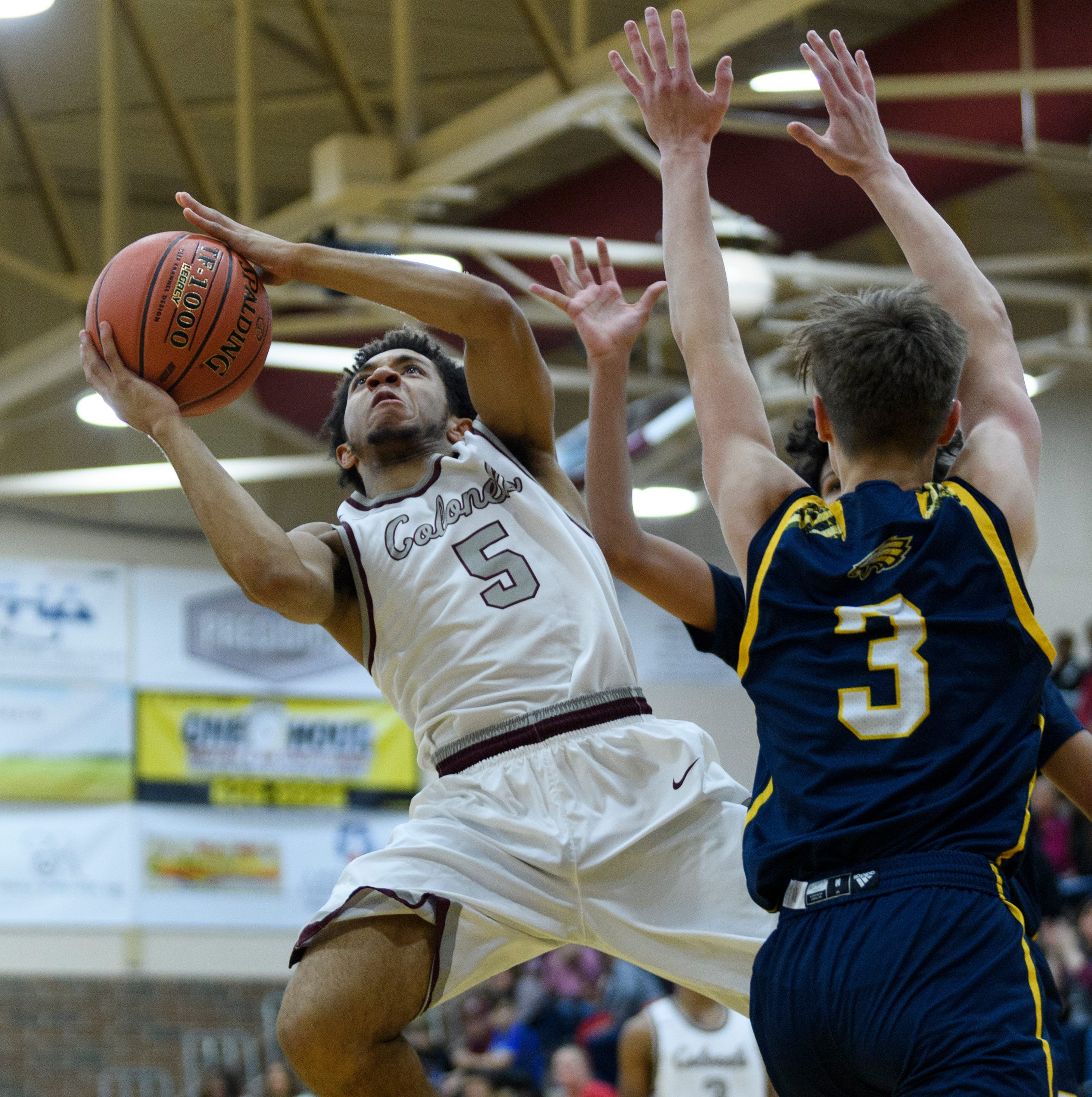 Henderson County uses mix of 3-pointers and transition baskets to remain unbeaten