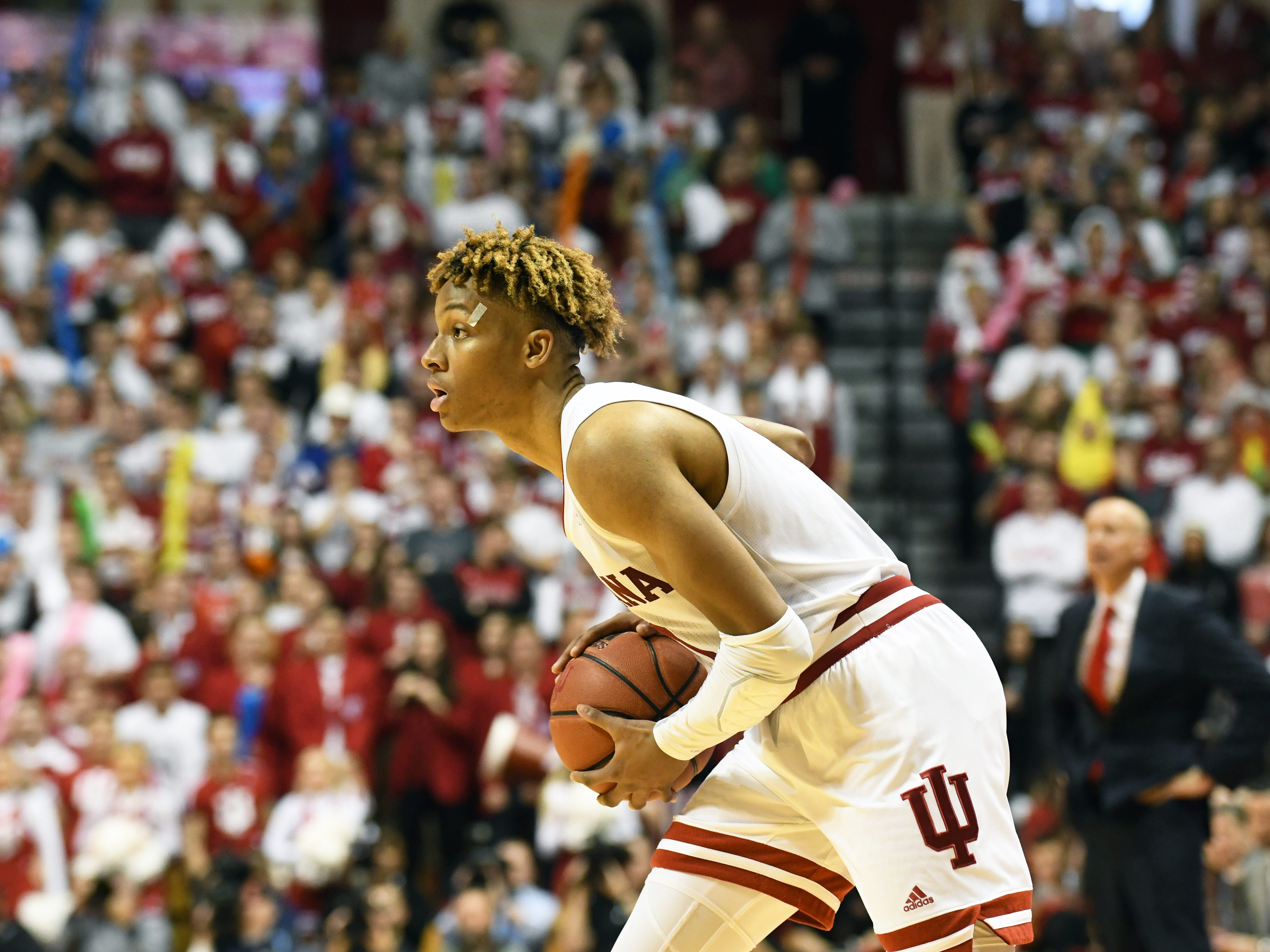 Indiana Hoosiers guard Romeo Langford (0) looks to pass the ball during the game against Louisville at Simon Skjodt Assembly Hall in Bloomington, Ind.