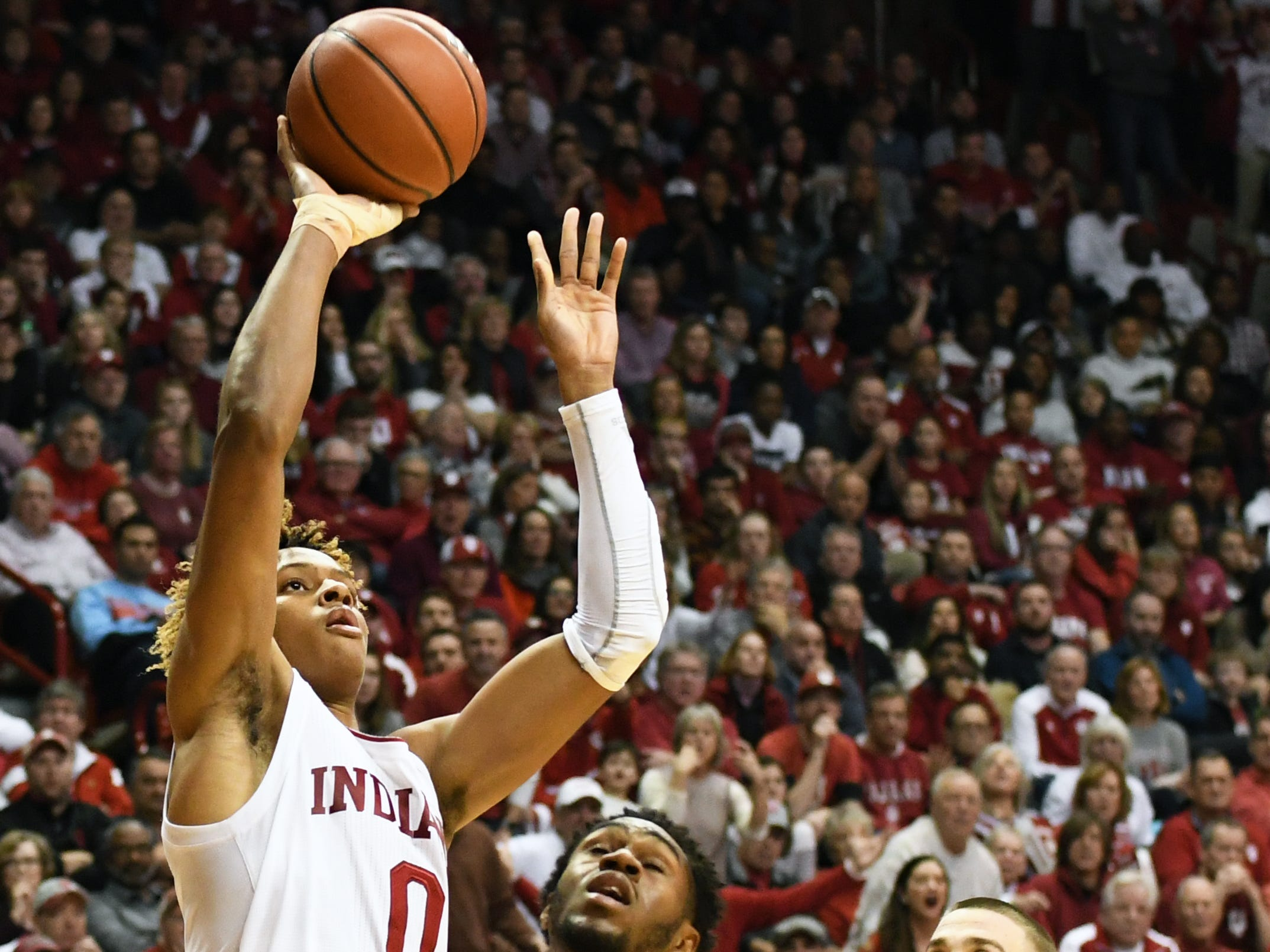 Indiana Hoosiers guard Romeo Langford (0) attempts a layup during the game against Louisville at Simon Skjodt Assembly Hall in Bloomington, Ind.