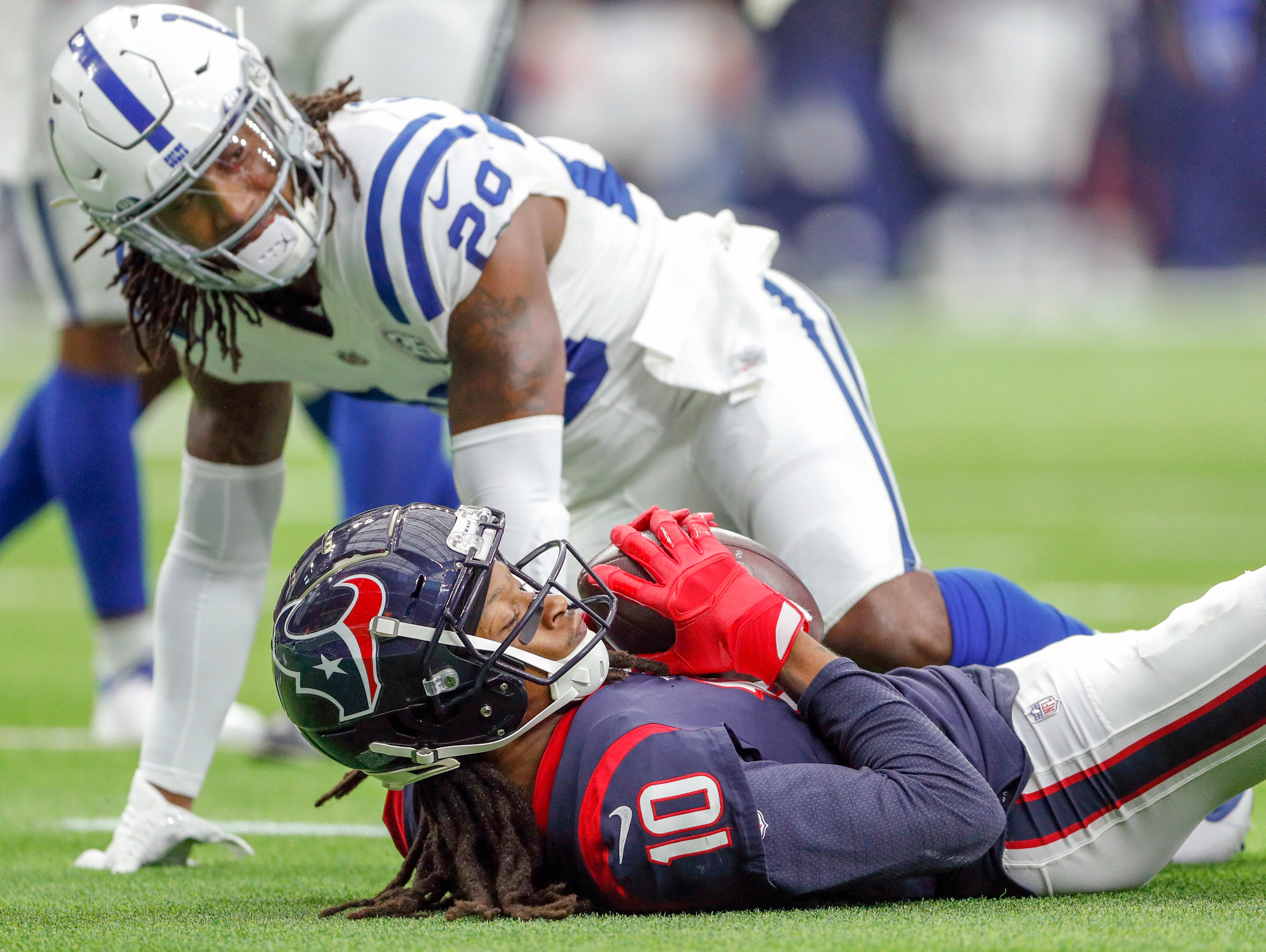 Houston Texans wide receiver DeAndre Hopkins (10) pulls in a catch near the end zone against the Indianapolis Colts at NRG Stadium in Houston on Sunday, Dec. 9, 2018.