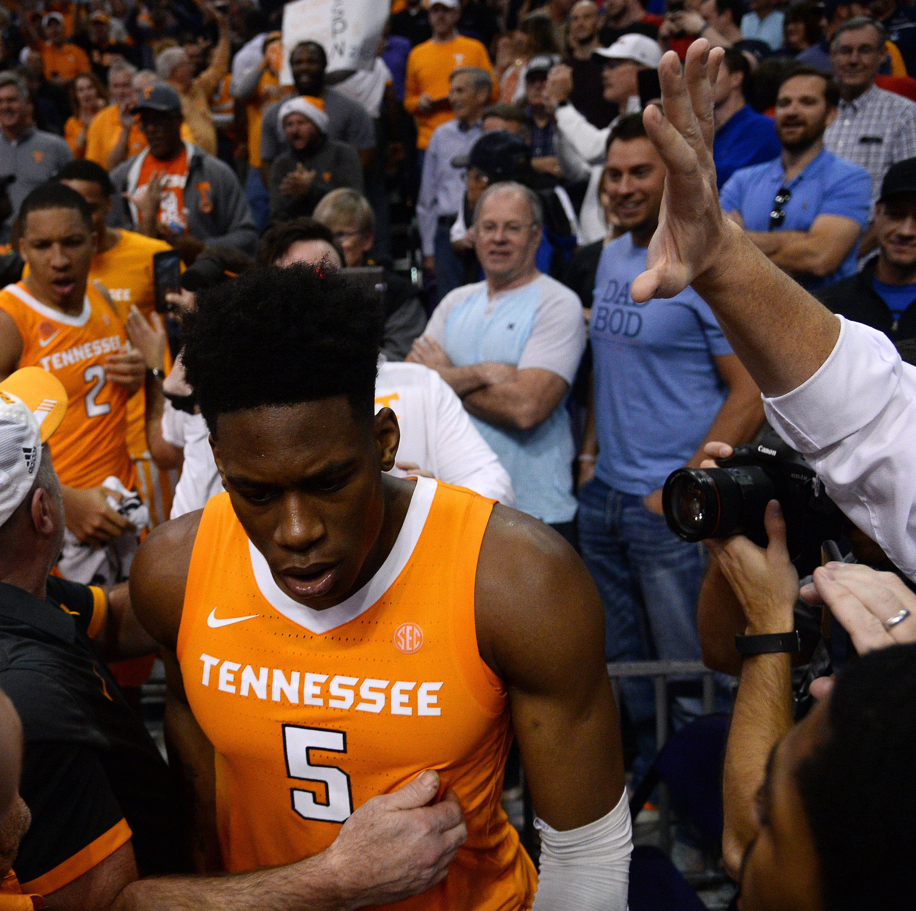 Why Admiral Schofield ran into the stands after UT Vols basketball beat No. 1 Gonzaga