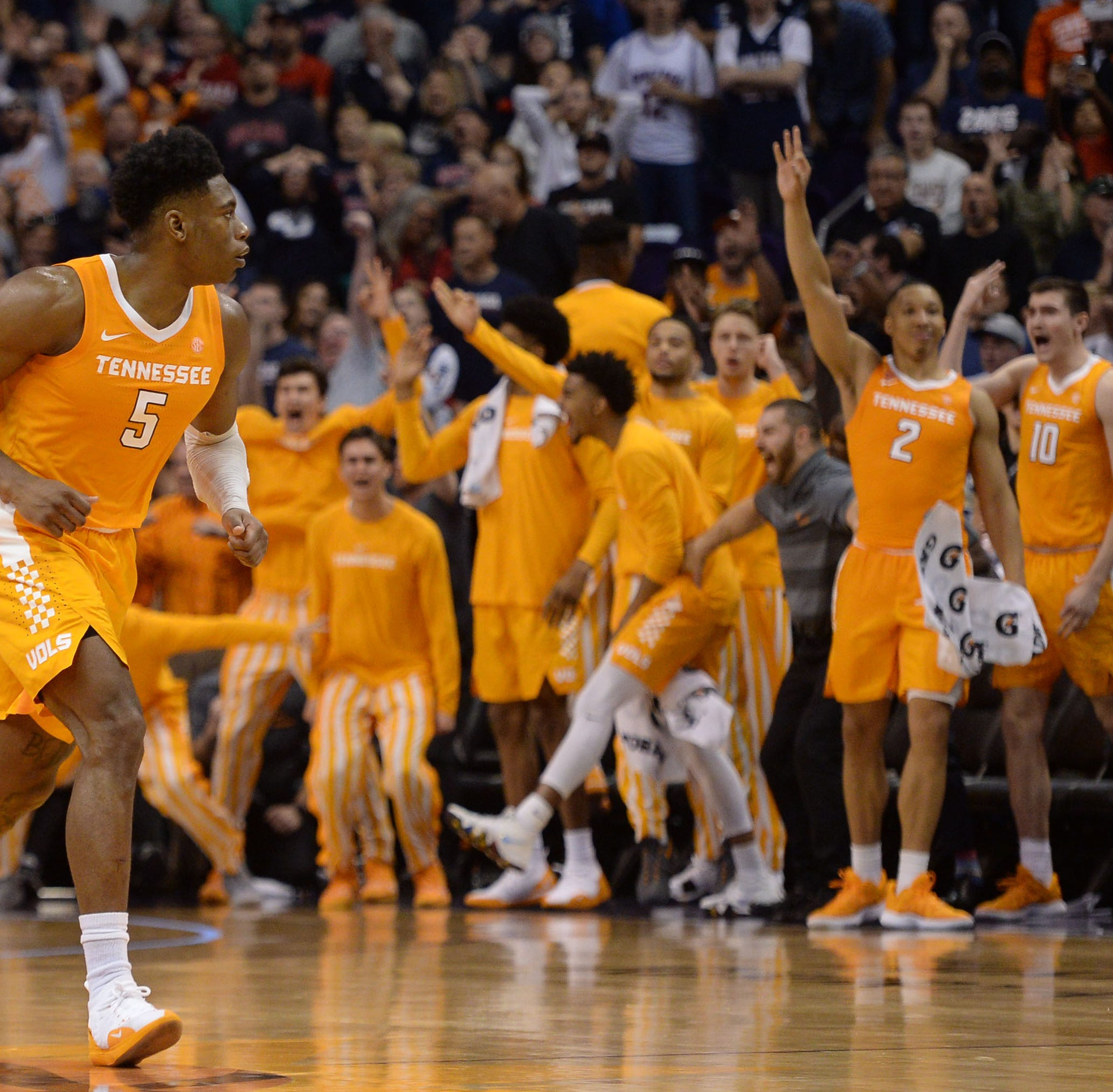 What Rick Barnes thought when Admiral Schofield shot game-winning 3-pointer vs. Gonzaga
