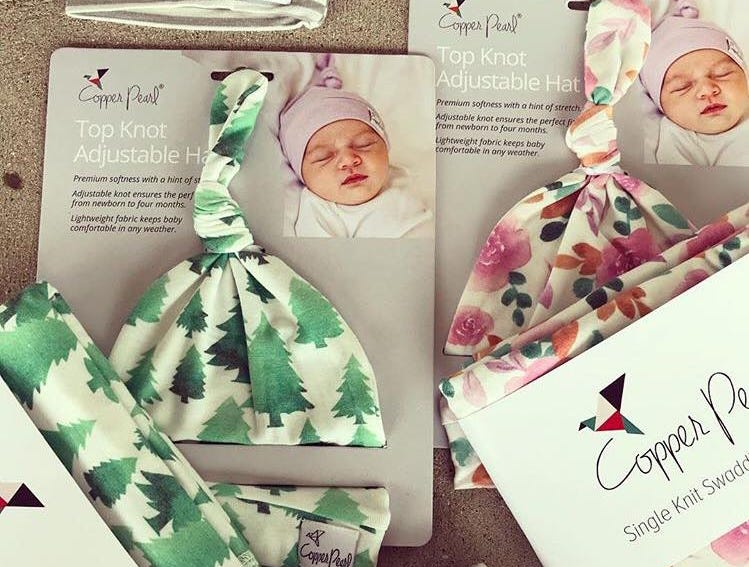 Adorable baby hat that you can adjust as they grow