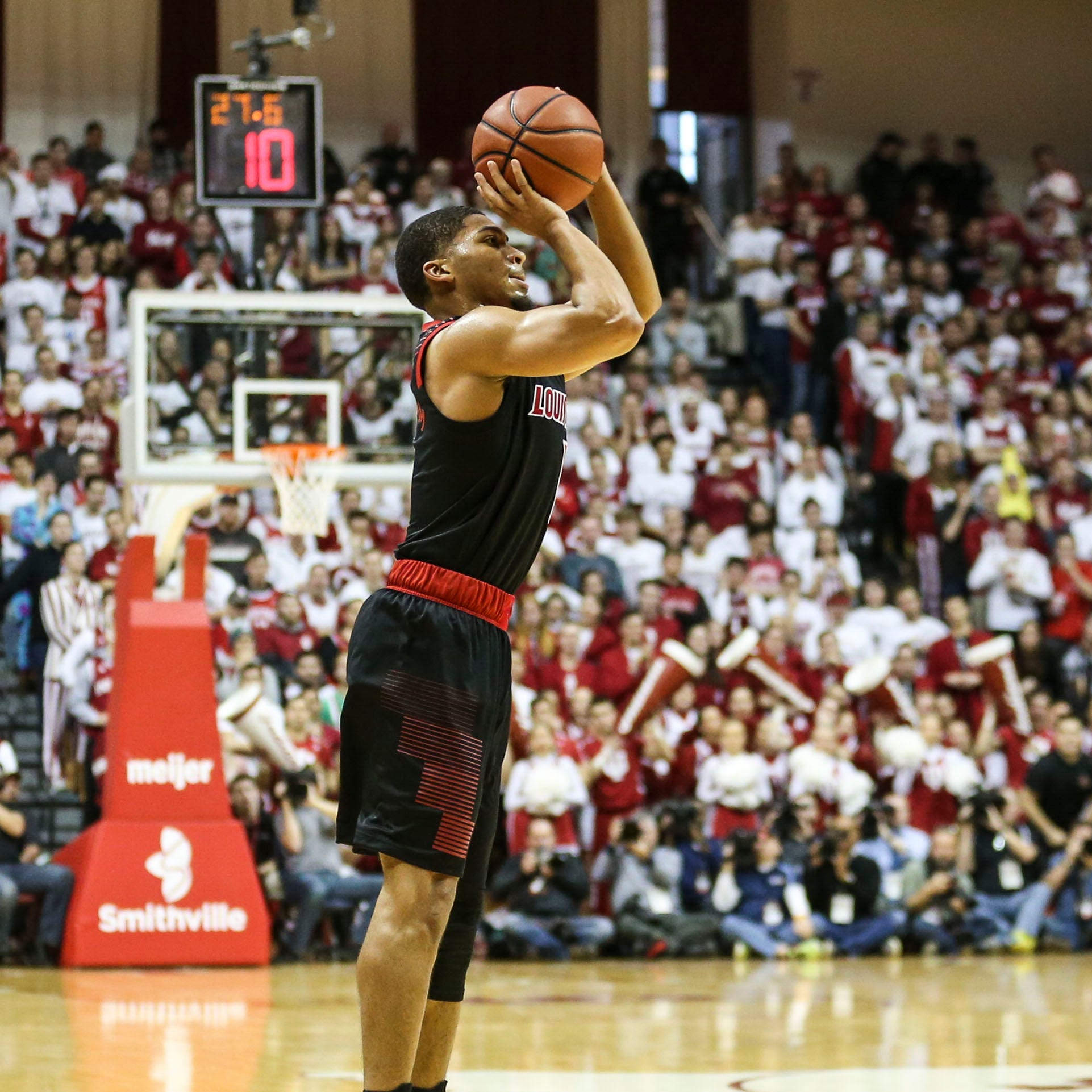 How effective is Louisville basketball's 3-point shooting?