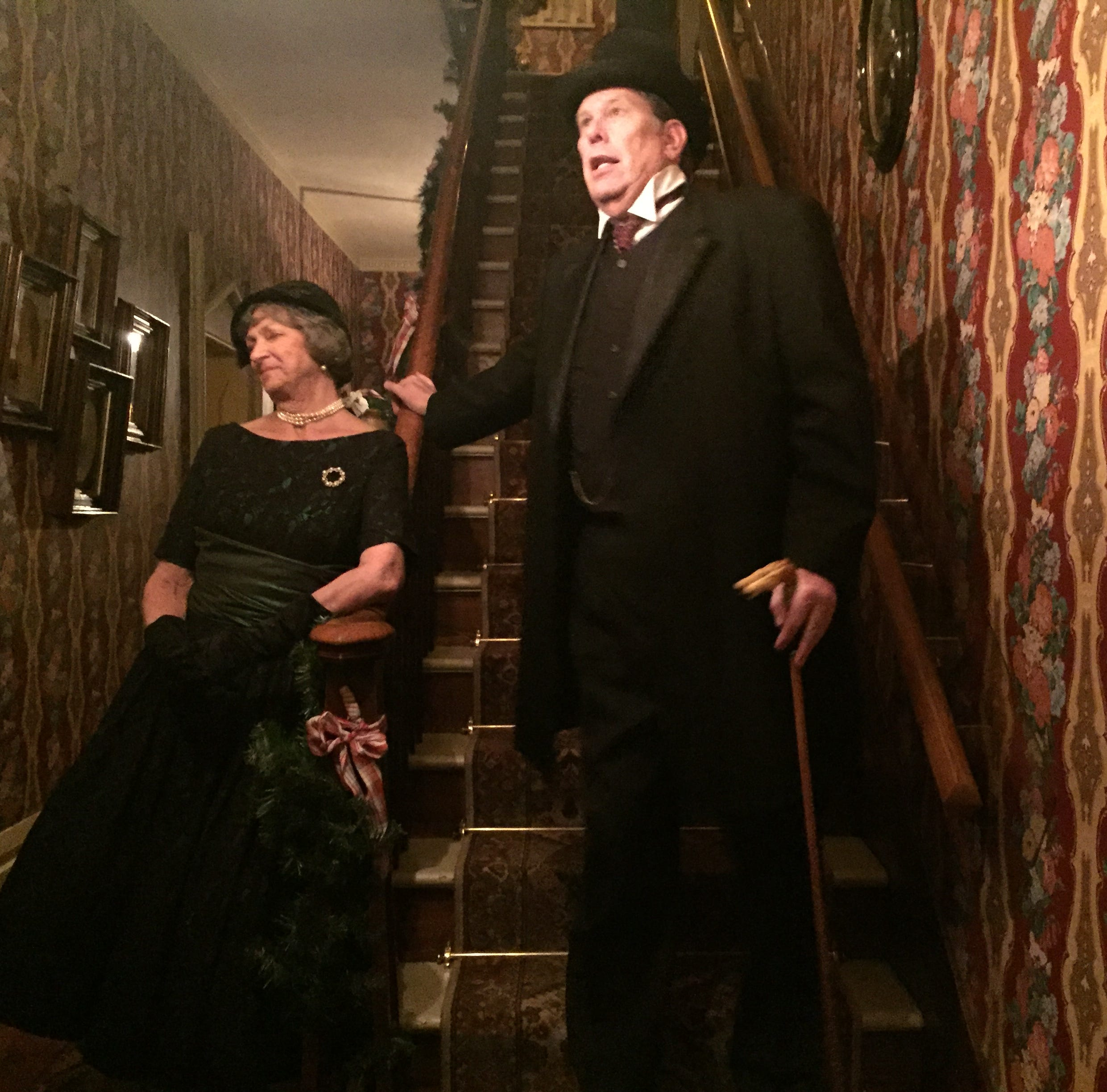Oak Hill Cottage comes alive with 'Ghosts of Christmas Past'