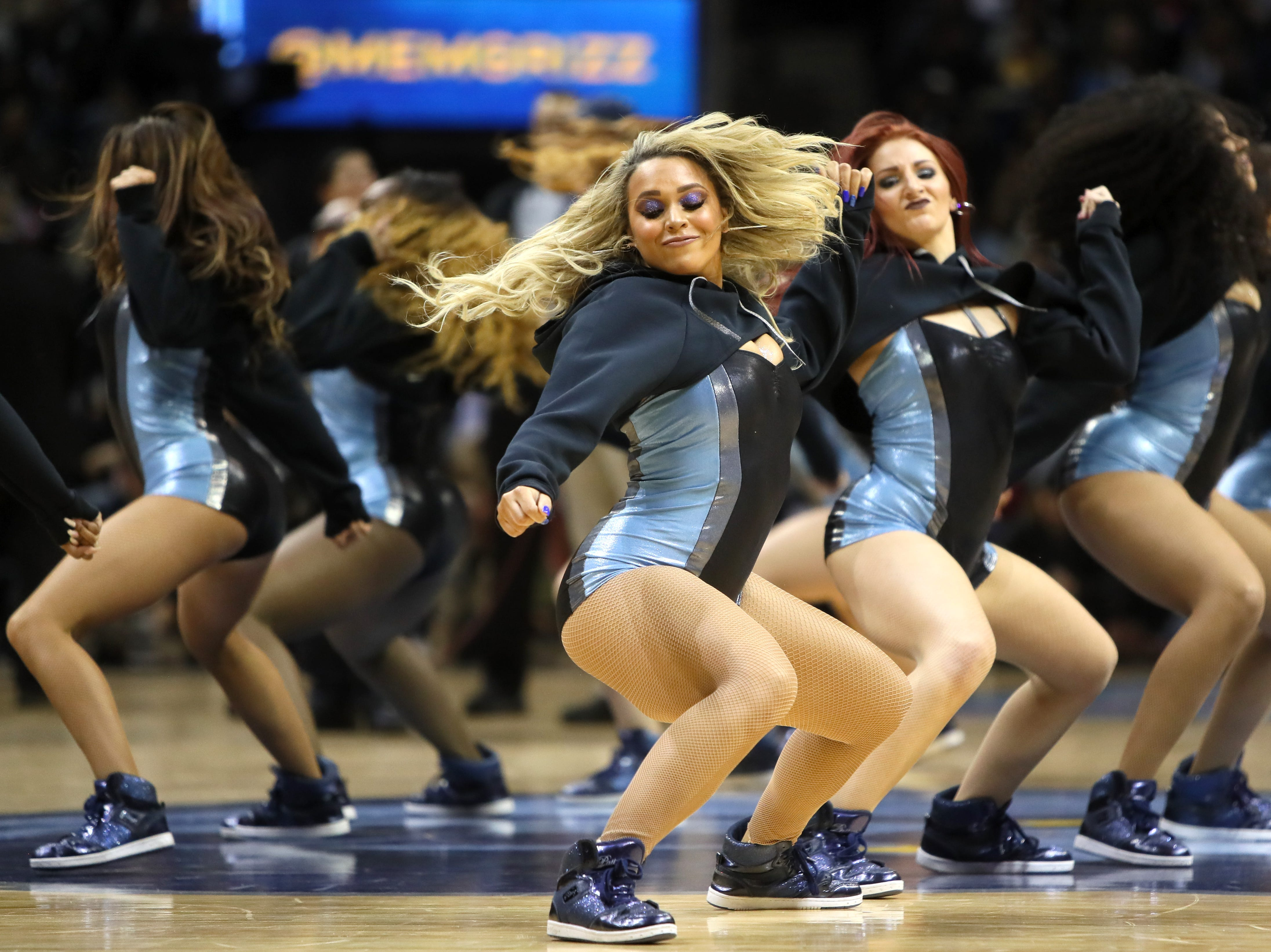 Memphis Grizzlies Grizz Girls peform during a timeout in their game against the Los Angeles Lakers at the FedExForum on Saturday, Dec. 8, 2018.