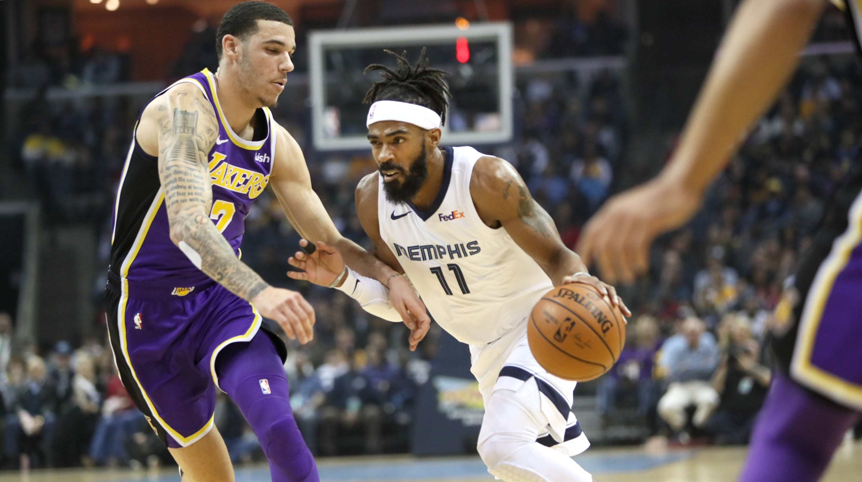 7ff55a2954b9 Mike Conley explains finger nuisance as Memphis Grizzlies regroup after  Lakers loss