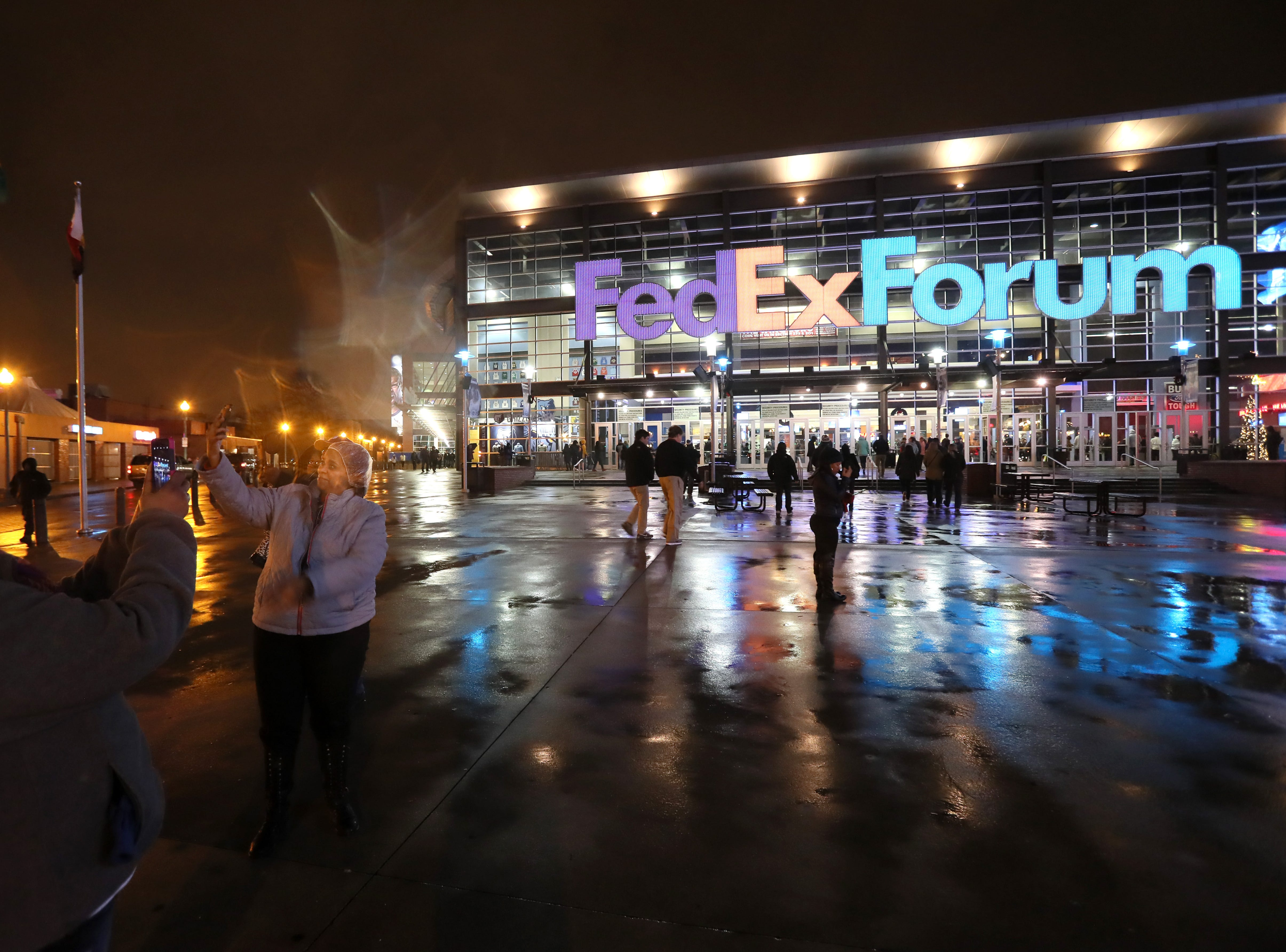 Fans enter the FedExForum as the Memphis Grizzlies take on the Los Angeles Lakers on Saturday, Dec. 6, 2018.