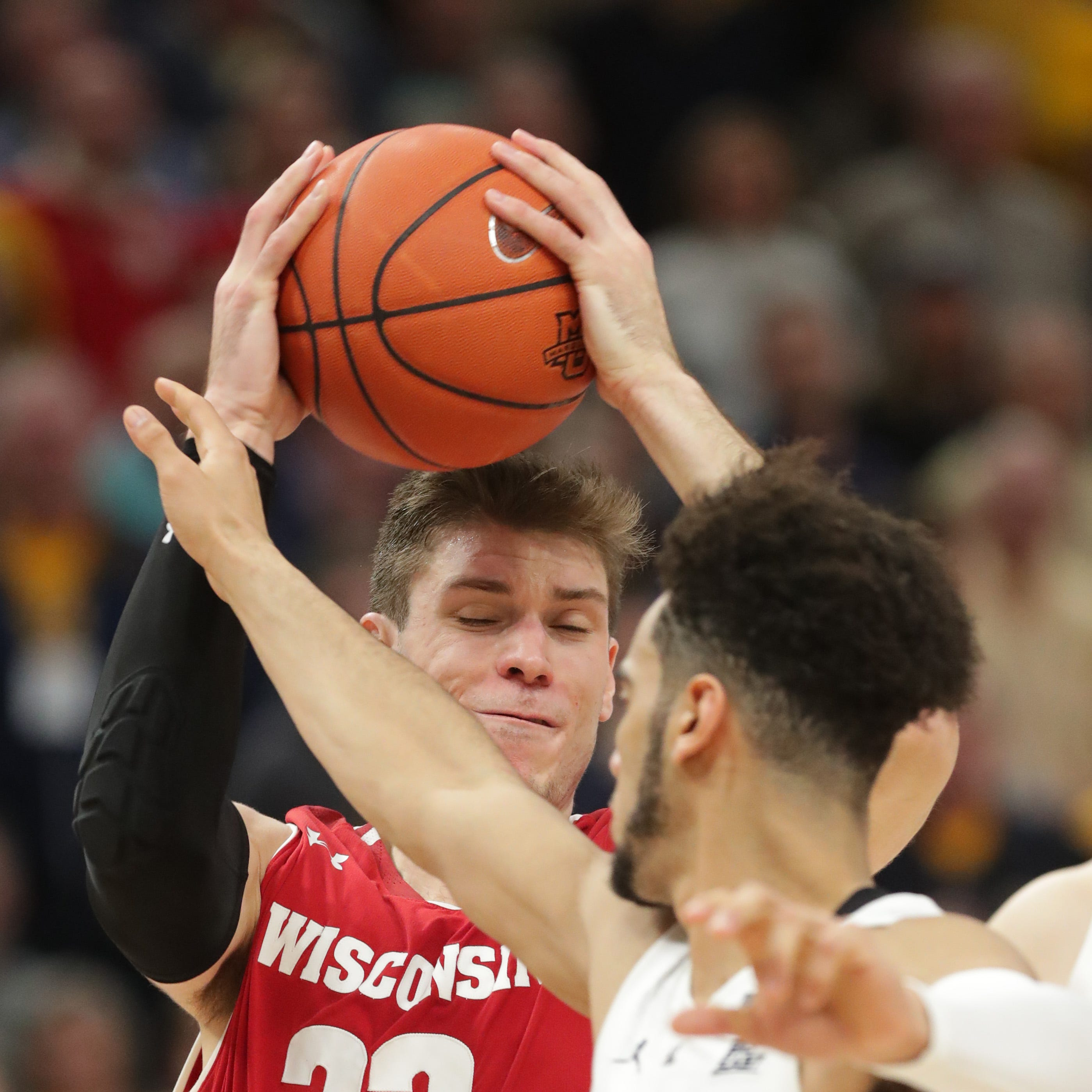 UW will rue its inability to make critical plays late in its overtime loss to Marquette