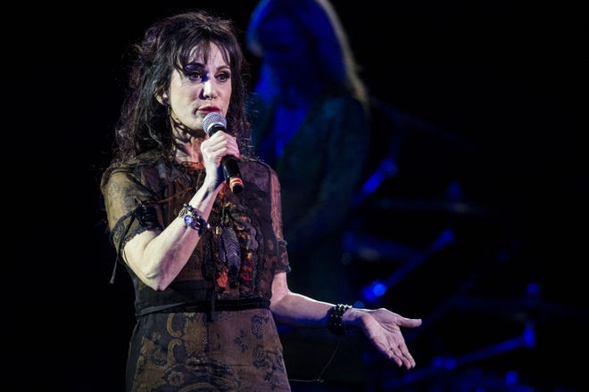 Joe Perry Alice Cooper Christmas Pudding 2021 Alice Cooper S Christmas Pudding Rocked With Johnny Depp Blue Oyster Cult More