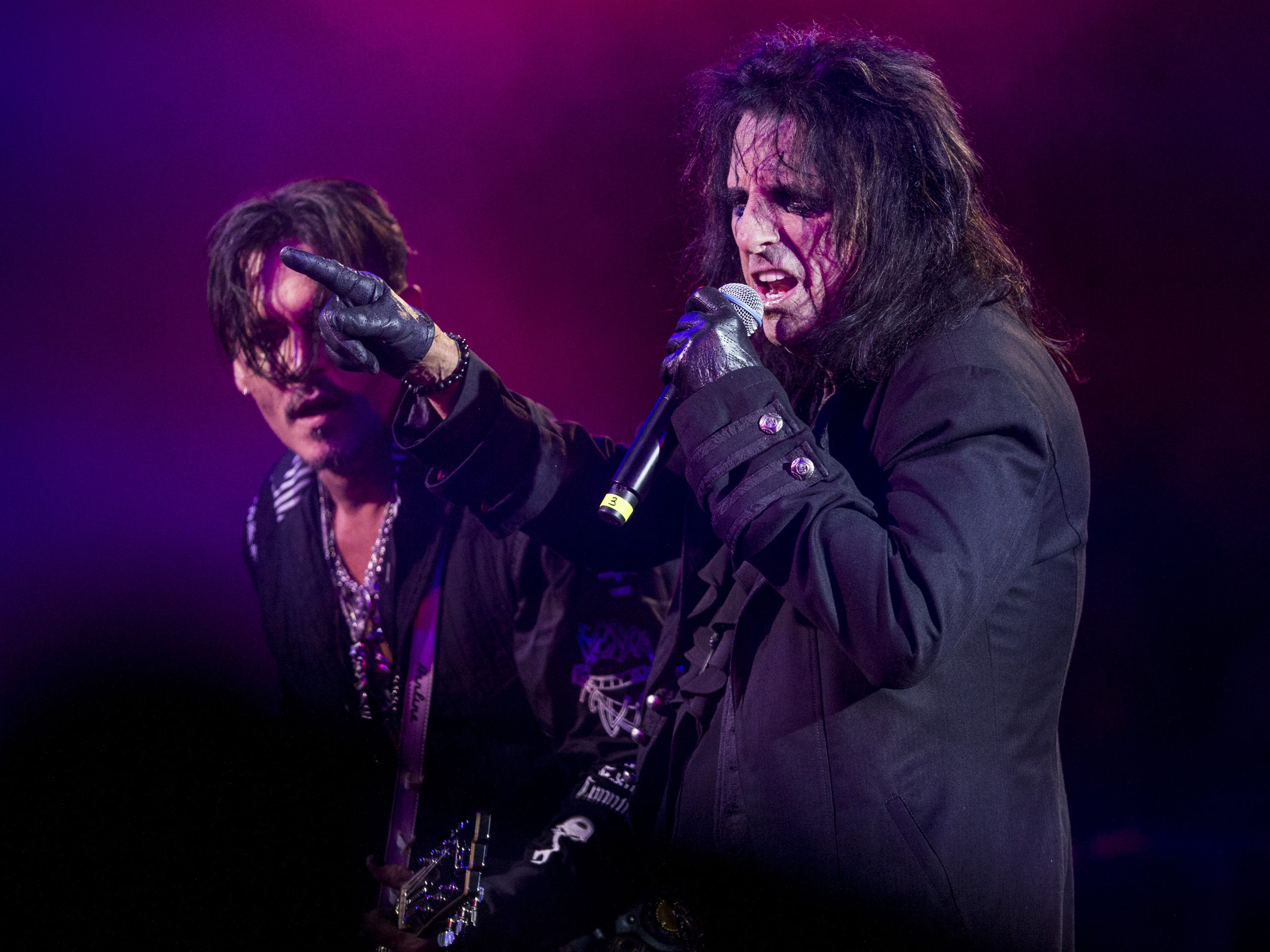 Alice Cooper's Christmas Pudding rocked with Johnny Depp, Blue Oyster Cult and more