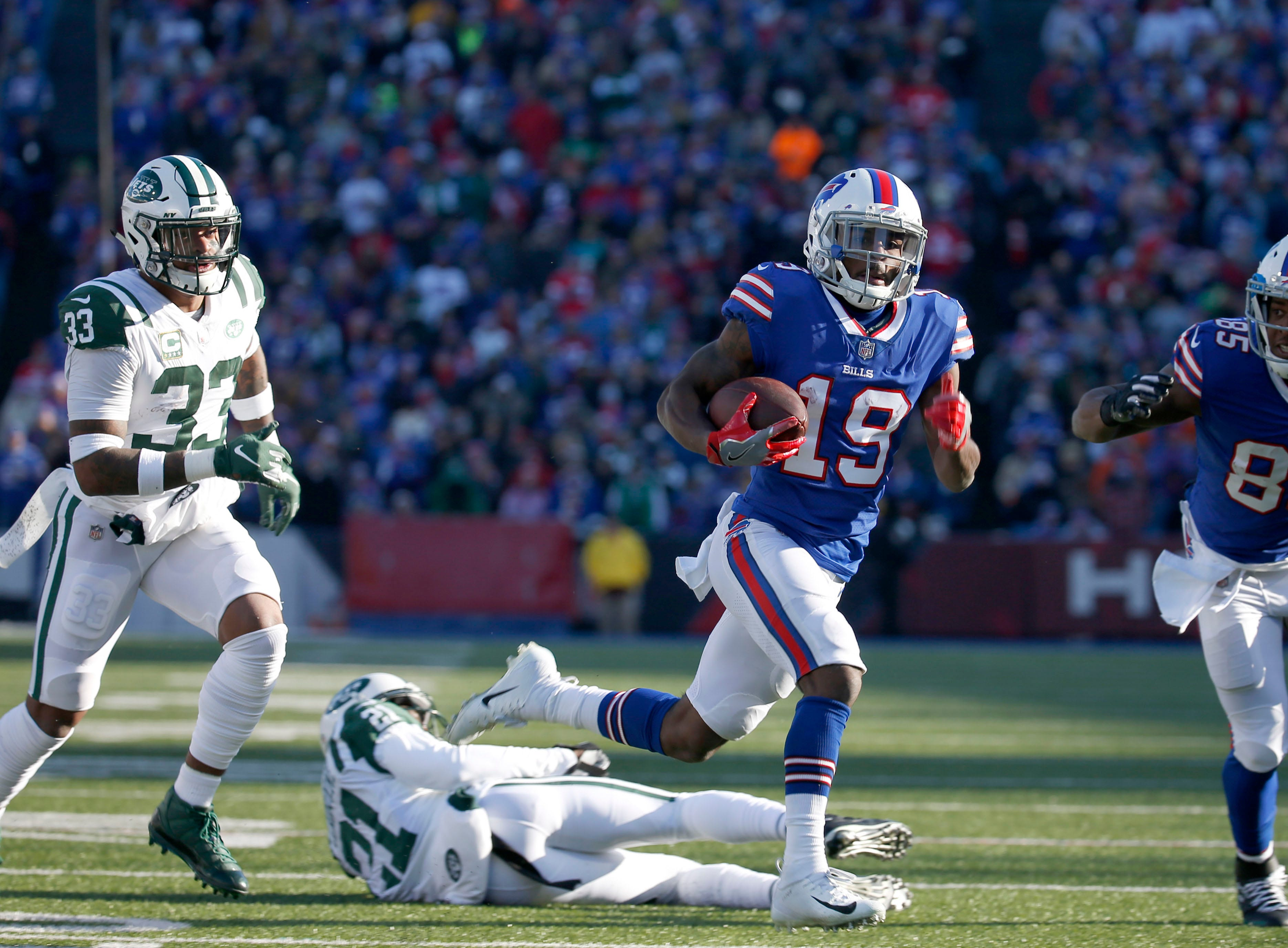 Dec 9, 2018; Orchard Park, NY, USA; New York Jets strong safety Jamal Adams (33) watches as Buffalo Bills wide receiver Isaiah McKenzie (19) runs the ball in for a touchdown during the first half at New Era Field. Mandatory Credit: Timothy T. Ludwig-USA TODAY Sports