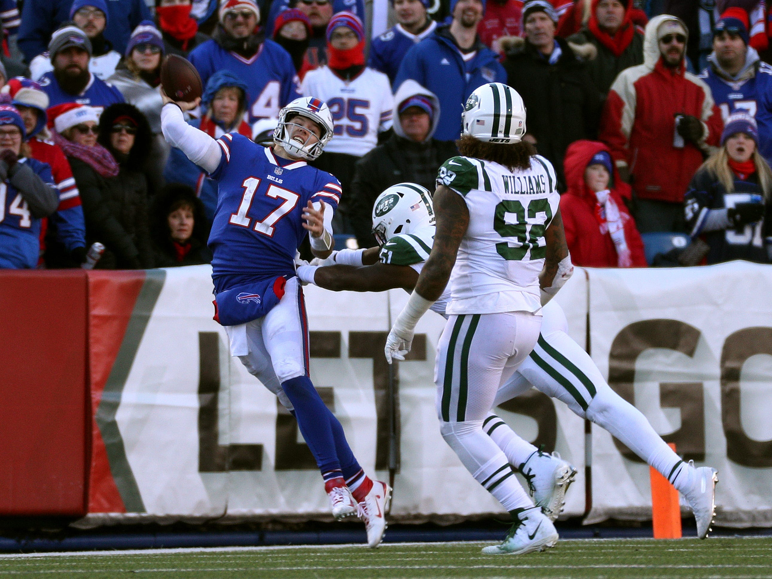 Vintage Buffalo Bills blow lead, find many ways to lose to Jets
