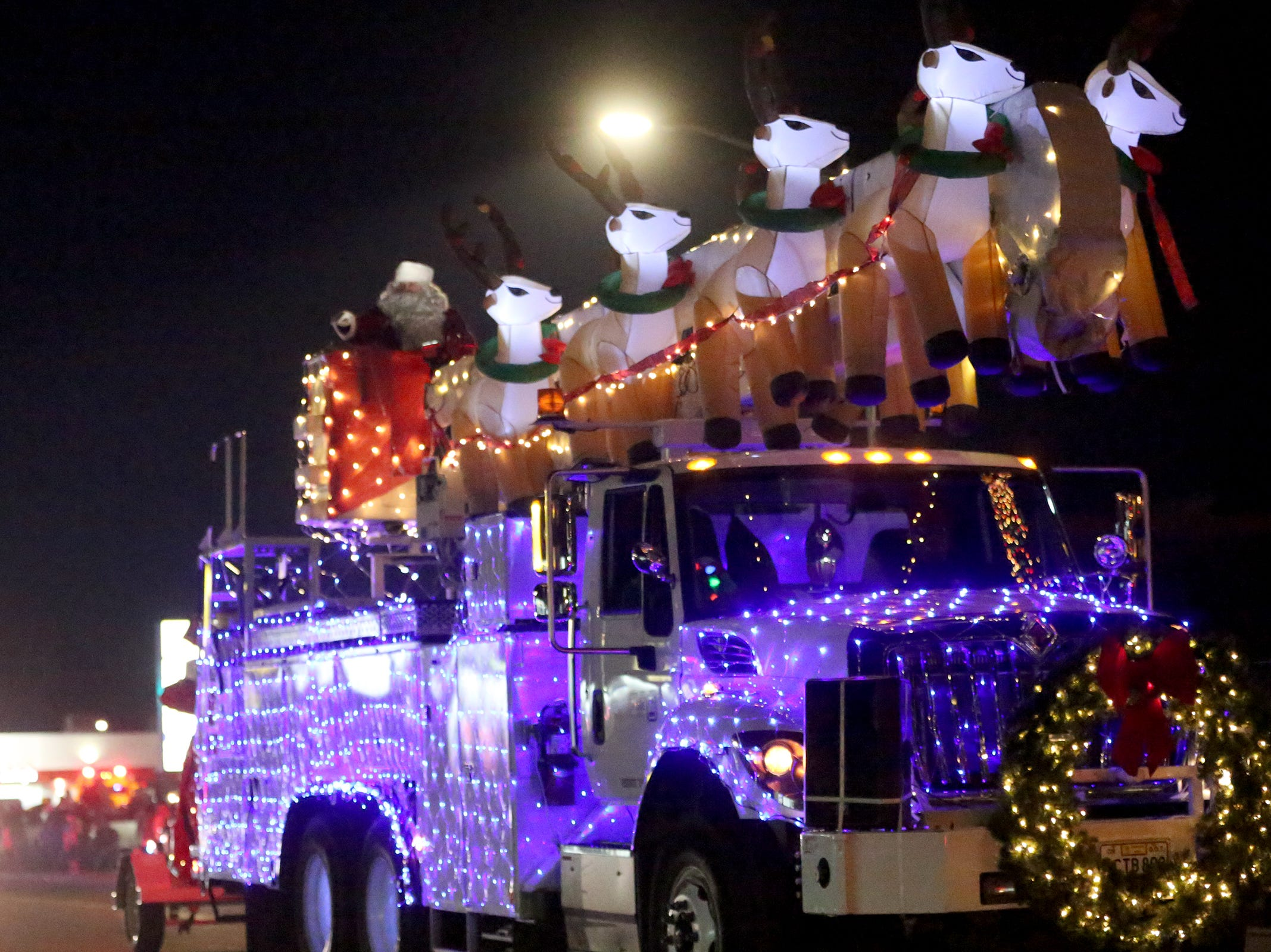 Santa's float marked the end of the Keizer Holiday Lights Parade in Keizer on Saturday, Dec. 8, 2018.