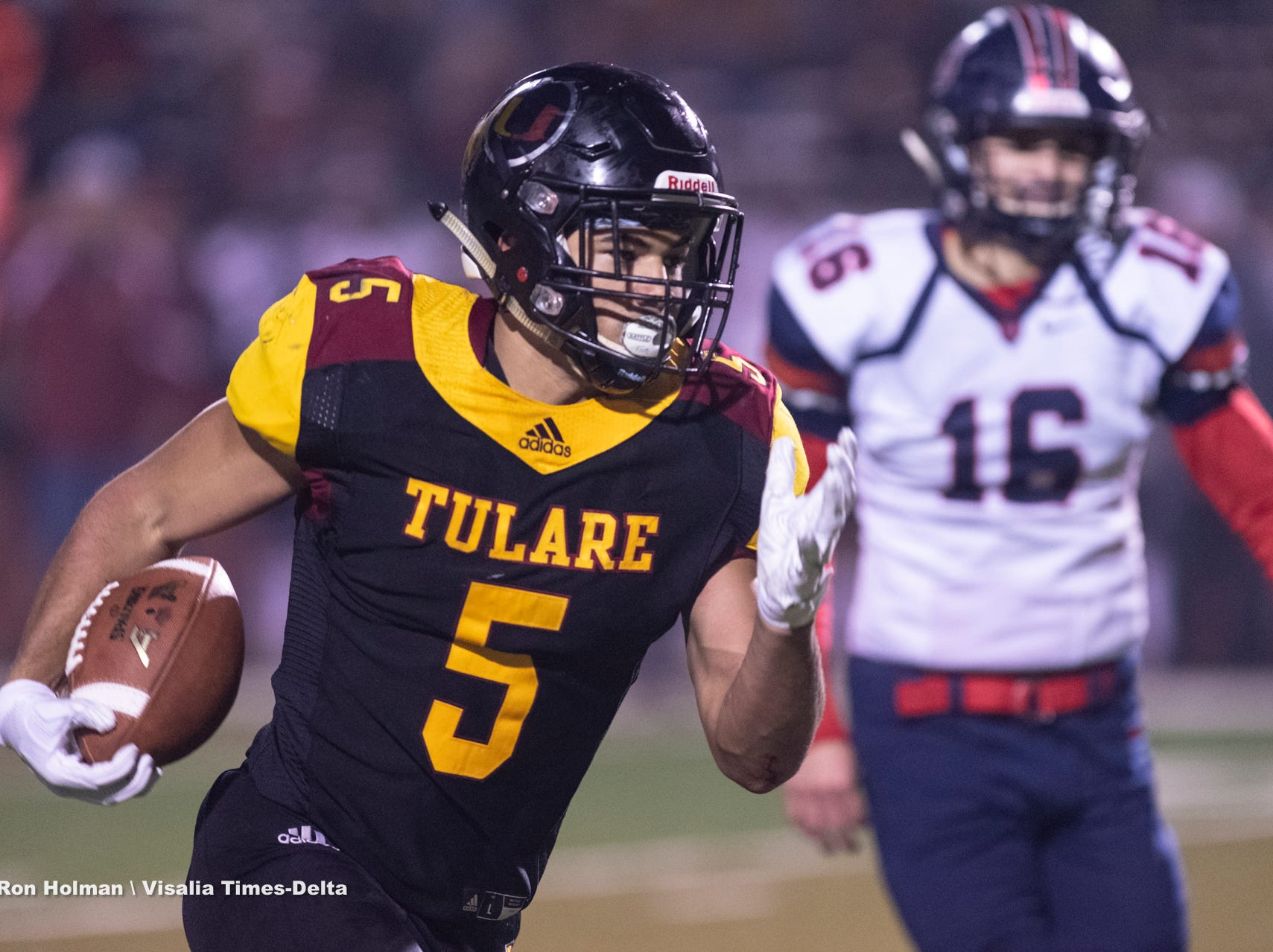 Tulare Union hosts San Joaquin Memorial in a CIF State Northern California Division 2-A Regional Bowl Game on Saturday, December 8, 2018.