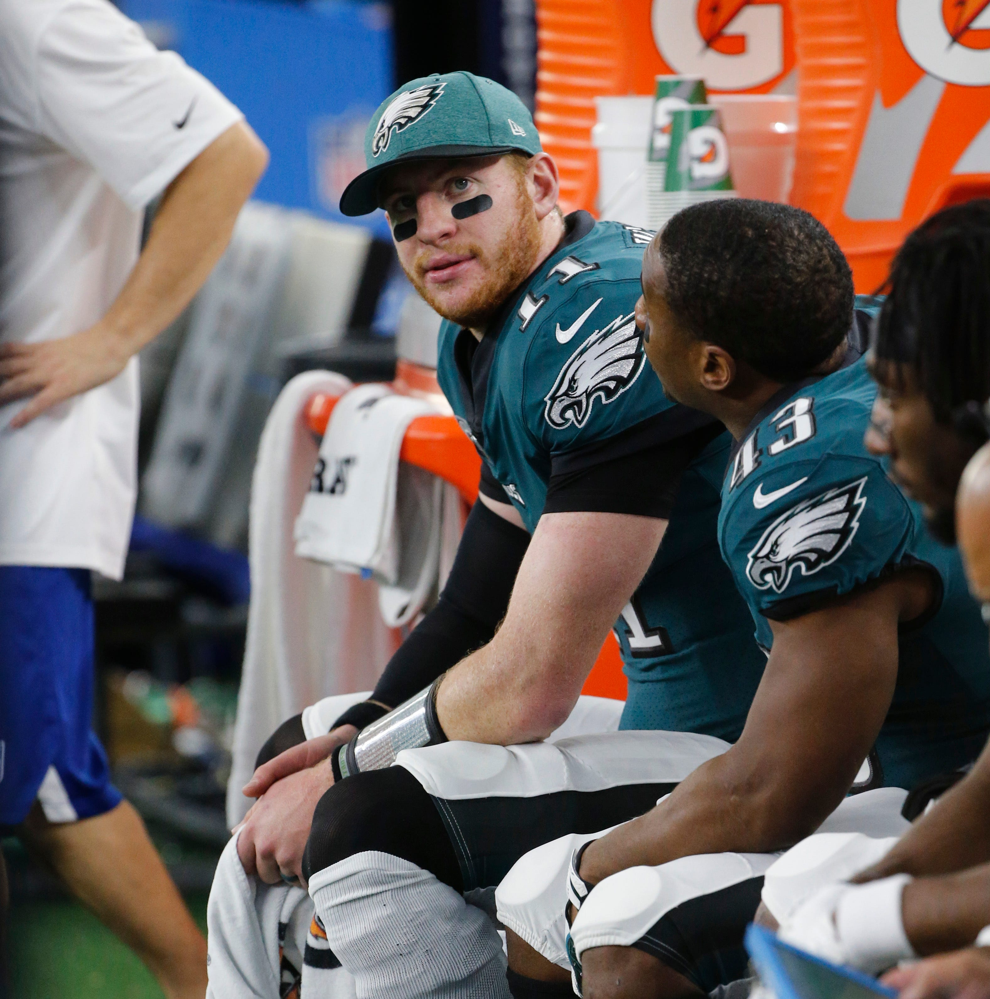 Eagles' Carson Wentz has a broken back, report says, but did he play through it?