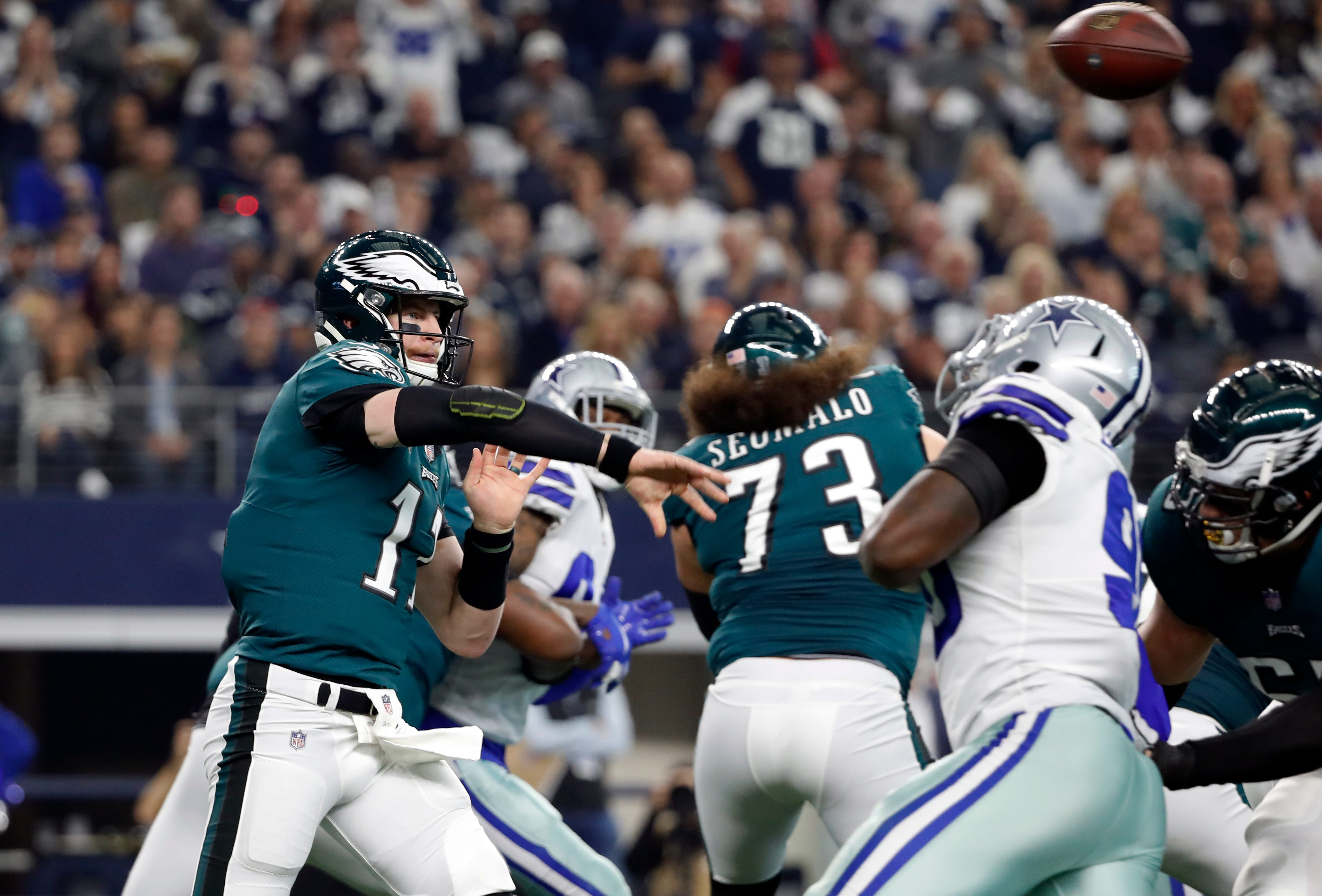 Carson Wentz Philadelphia Eagles Qb Expected To Miss Rams Game
