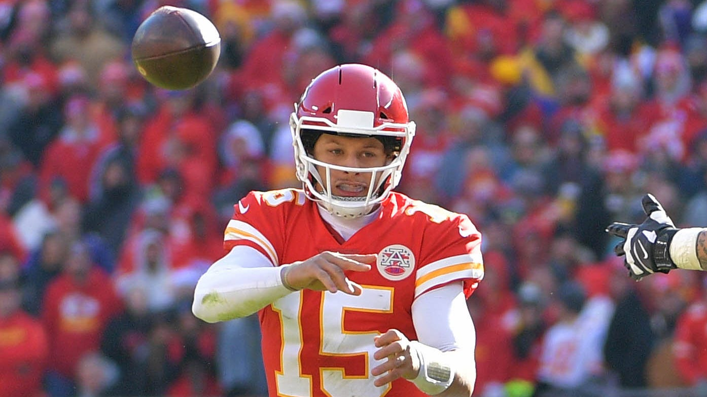 Kansas City Chiefs use more Patrick Mahomes magic vs. Ravens to close in on AFC's top seed