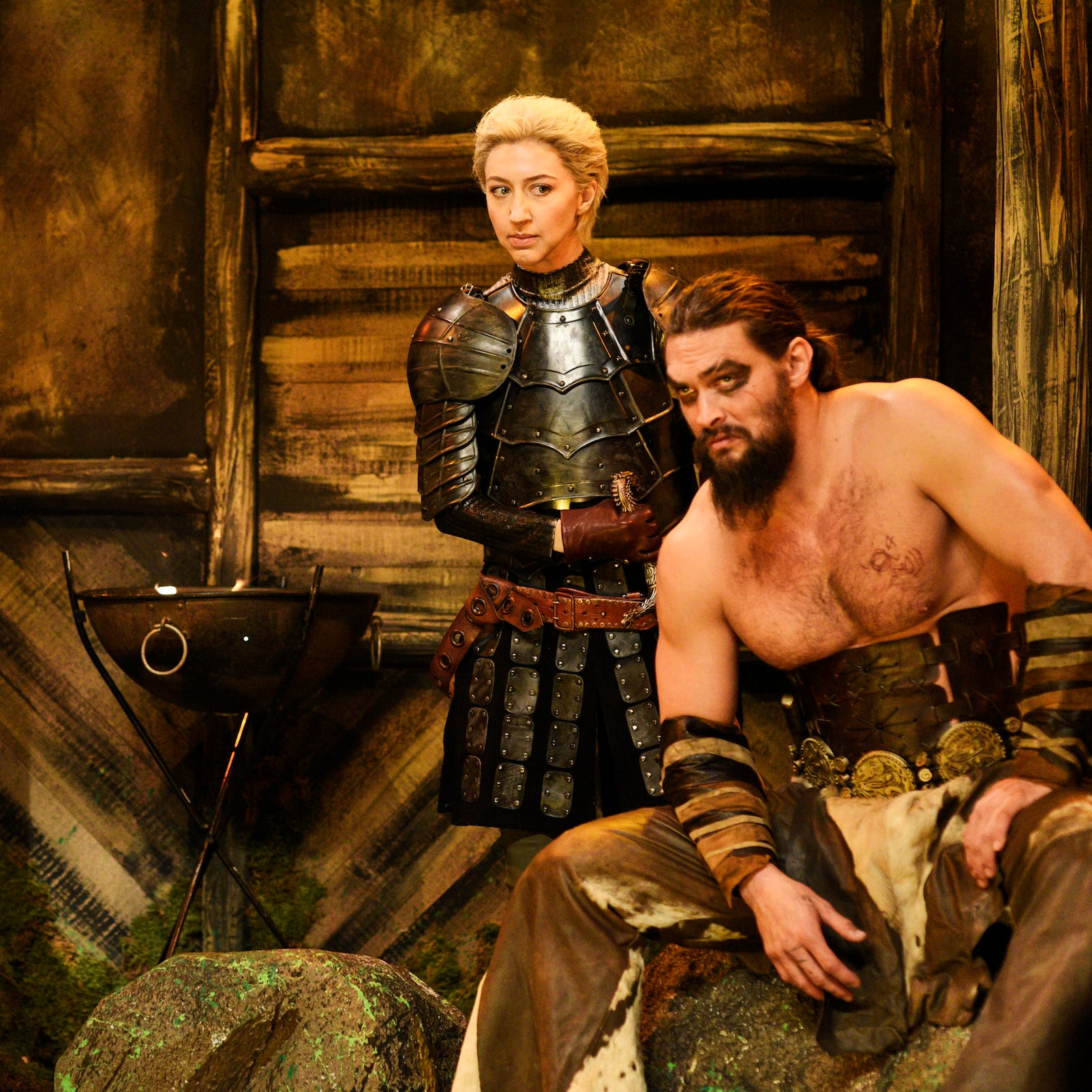 """SATURDAY NIGHT LIVE -- """"Jason Momoa"""" Episode 1754 -- Pictured: (l-r) Kenan Thompson as Zerbo, Heidi Gardner as Brienne of Tarth, and host Jason Momoa as Khal Drogo during the """"Khal Drogo's Ghost Dojo"""" sketch on Saturday, December 8, 2018 -- (Photo by: Will Heath/NBC)"""